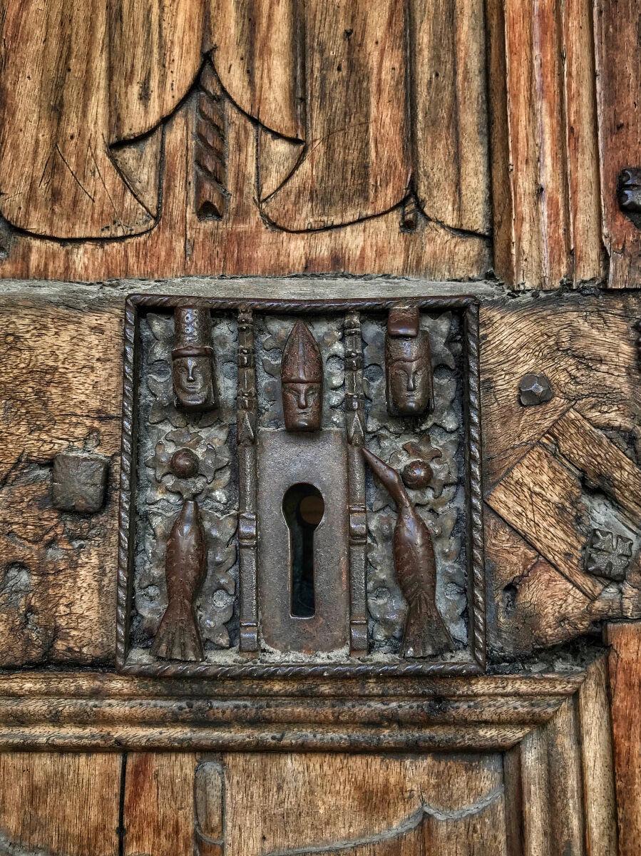 A masterpiece of locking...