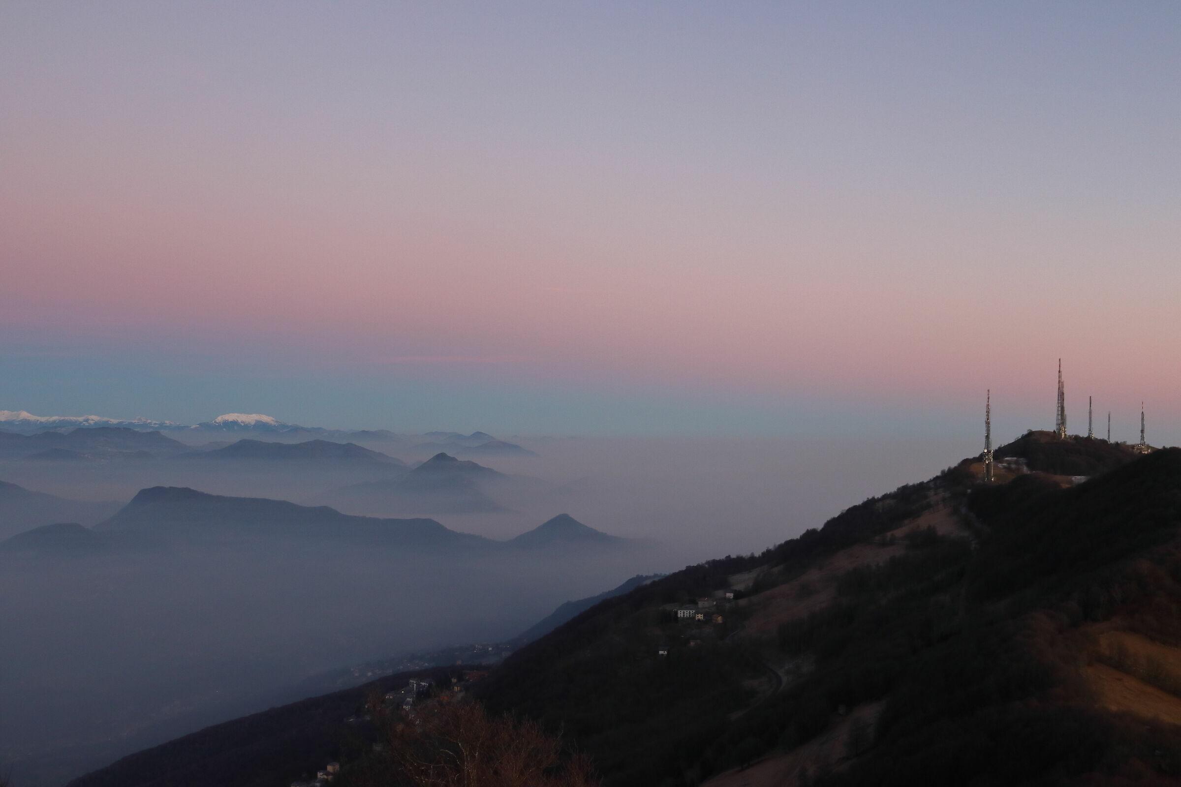 L'imbrunire in Valcava...