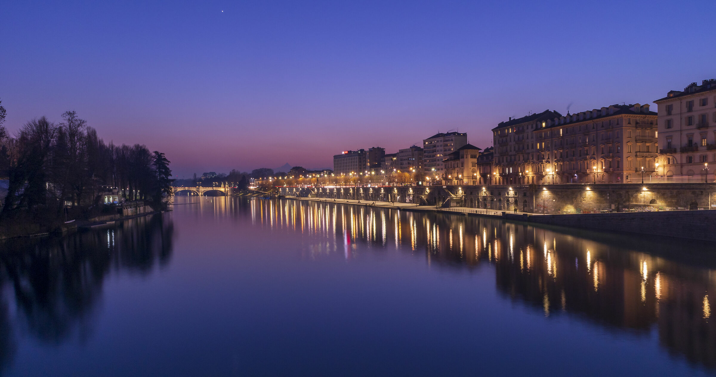 Turin l'è un gran Turin!...