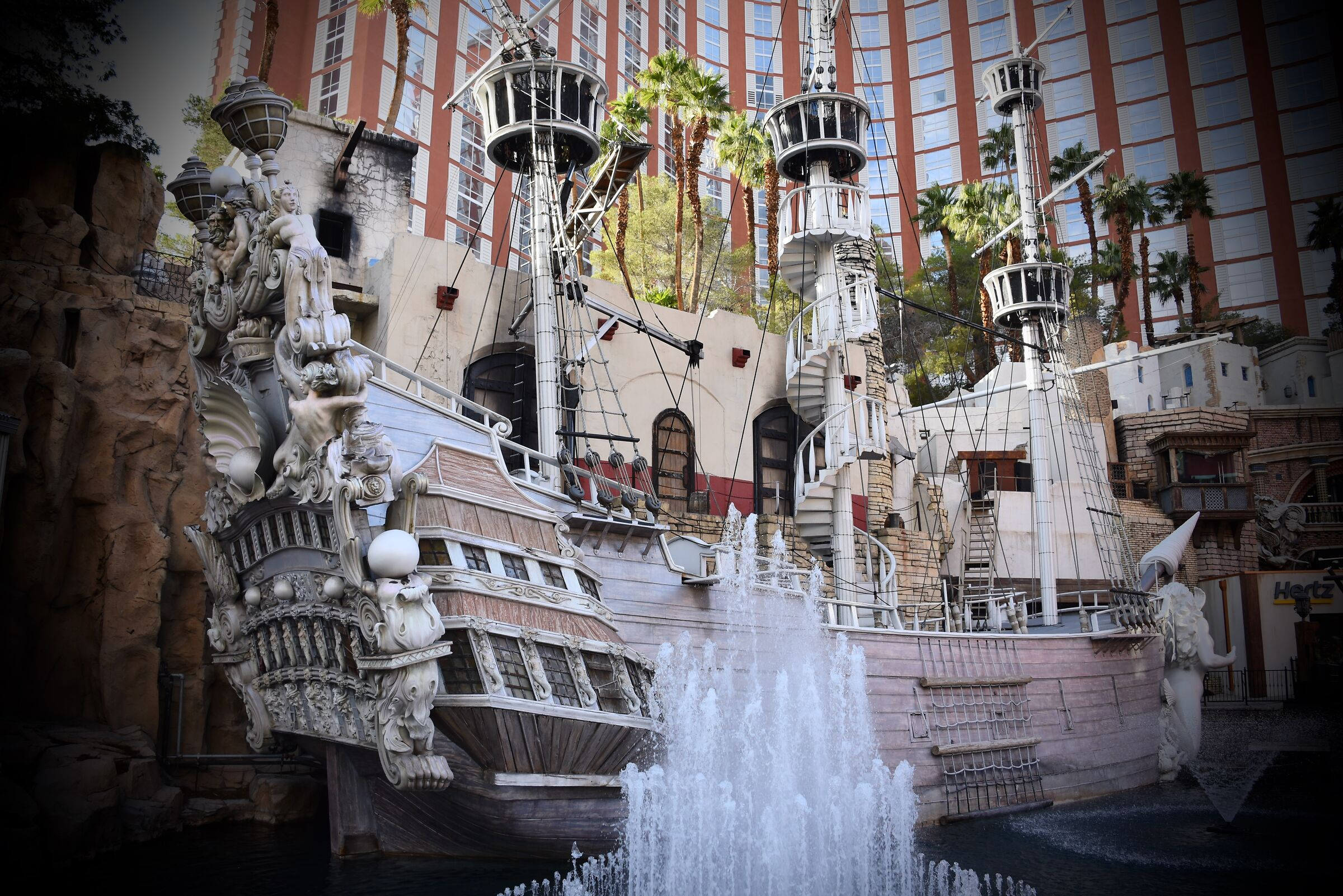 Historical monument of pirate time '' Vegas ''...