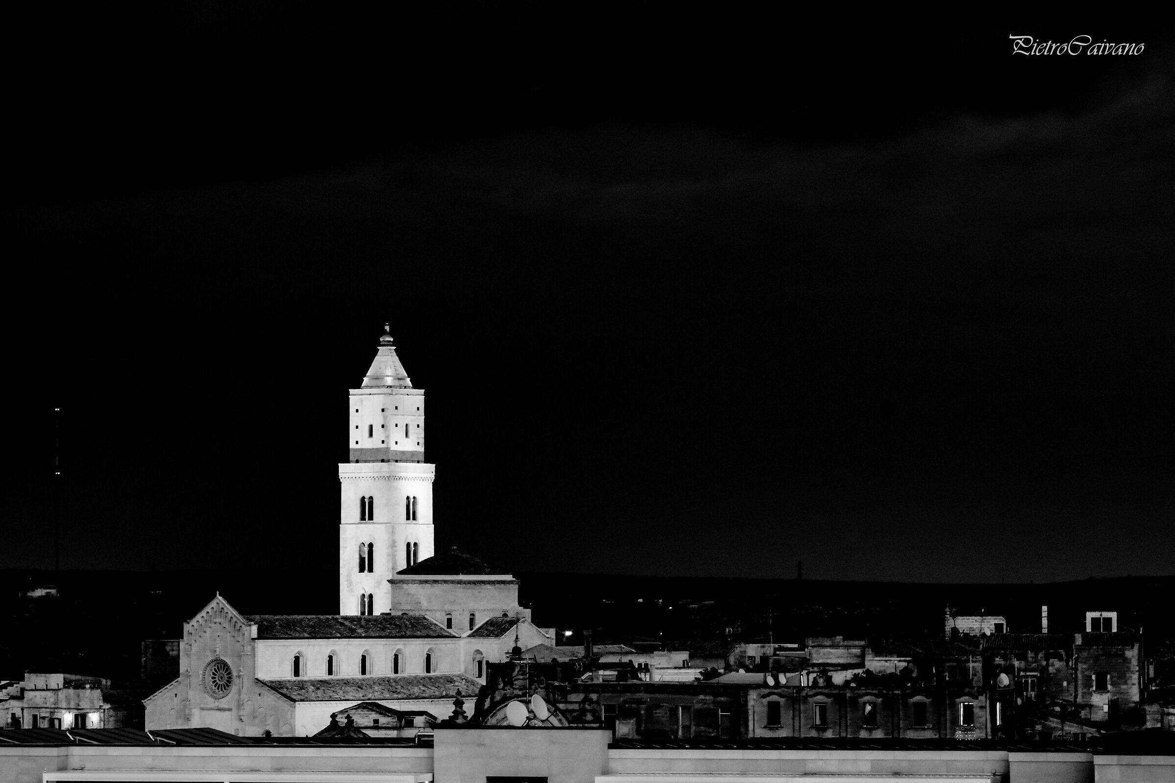 Skyline notturno della cattetrale...
