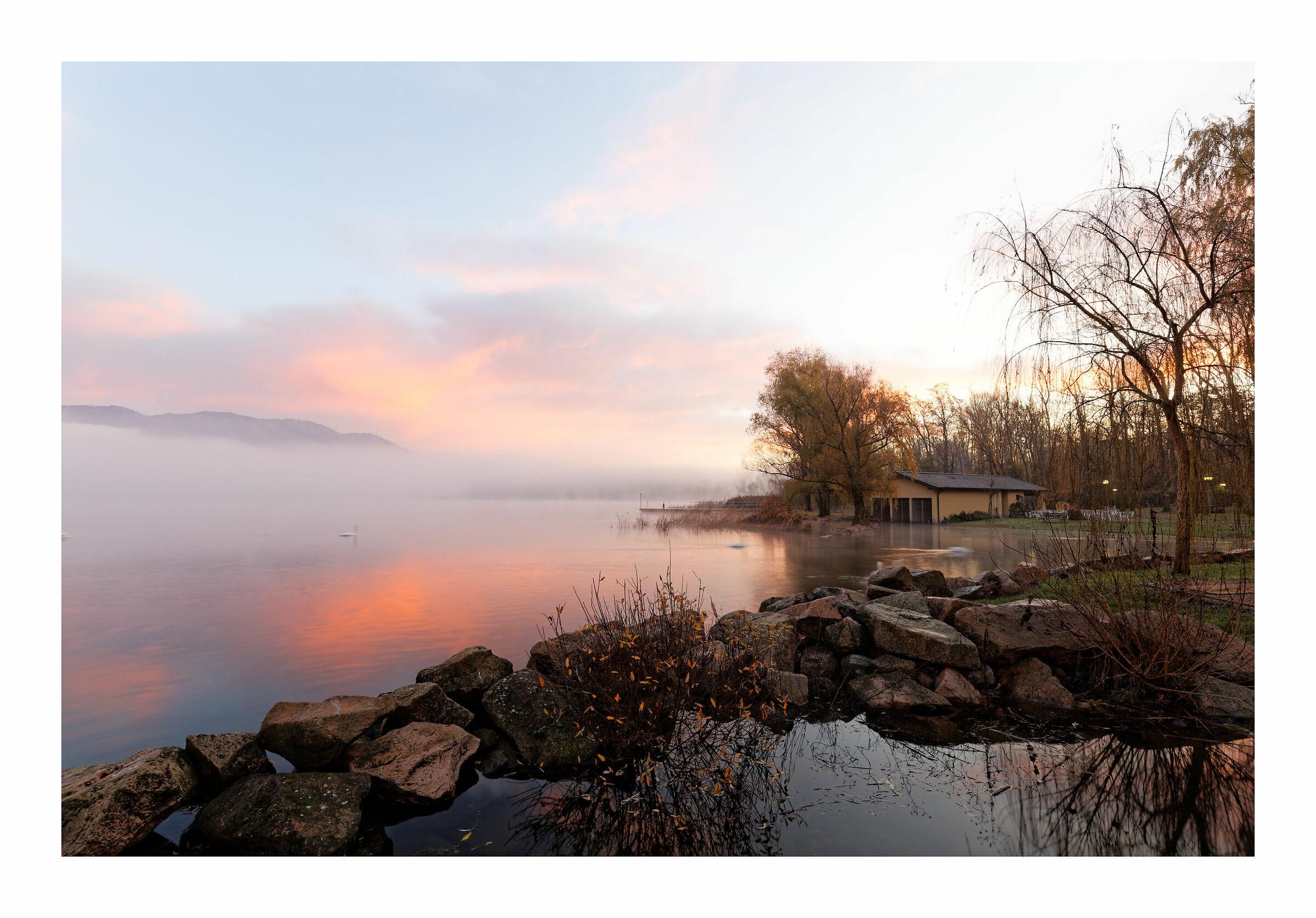 Sunrise on Lake Varese...