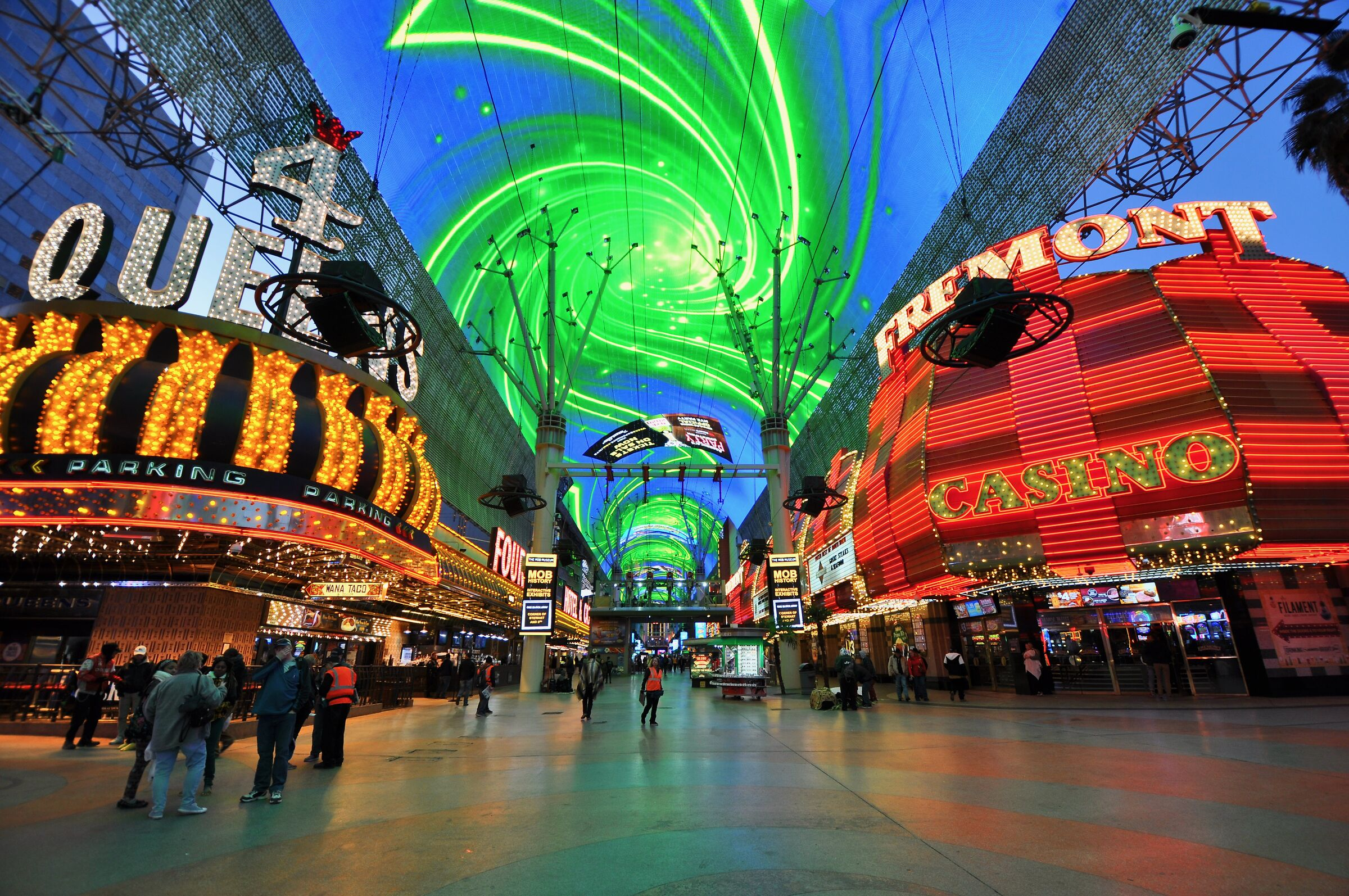 Las Vegas-Fremont --city lights even in the ceiling...