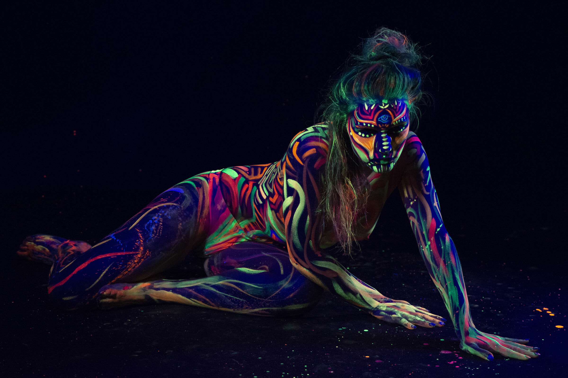 Body painting fluo_8...
