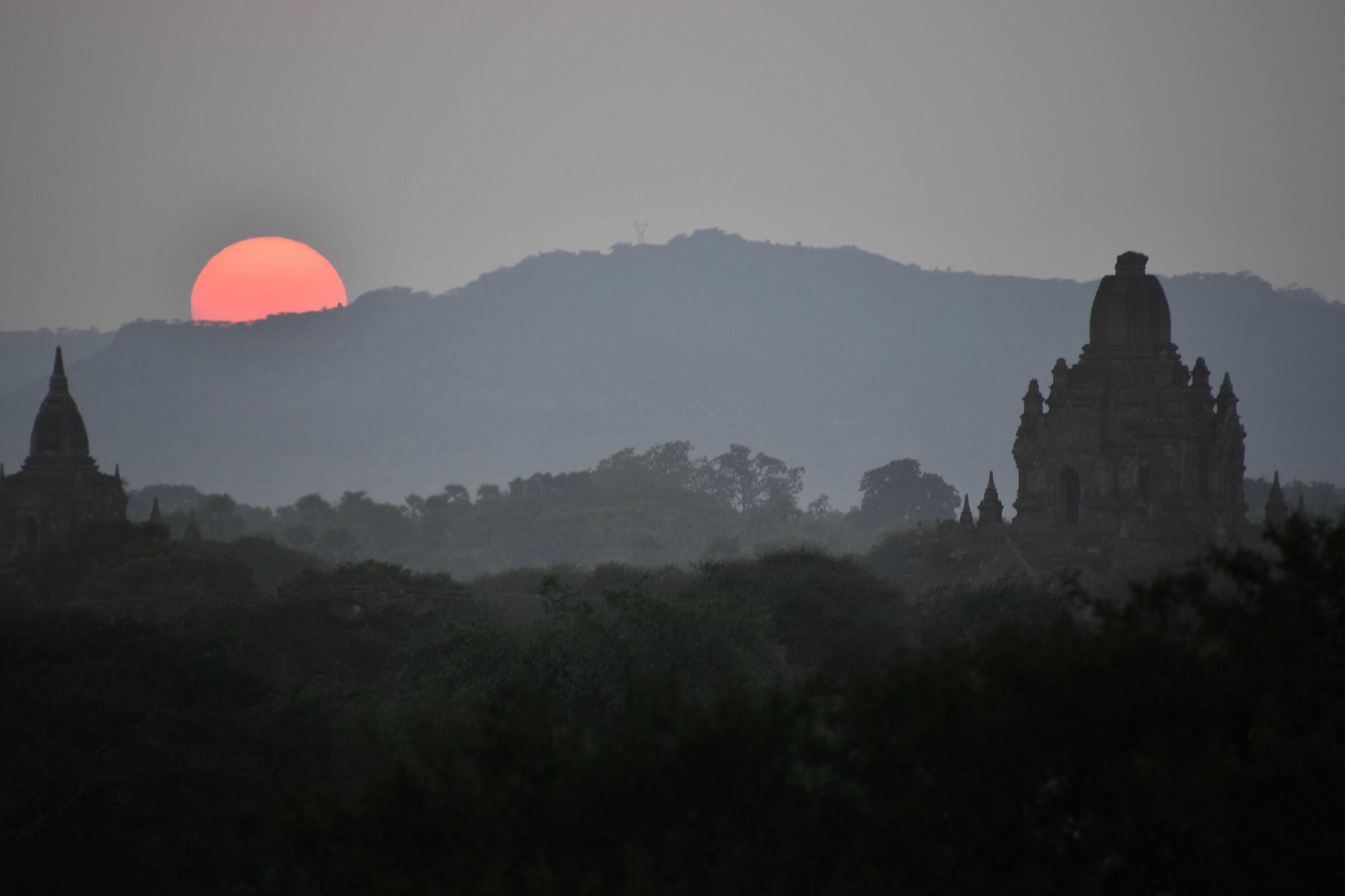 Sunset in Bagan...