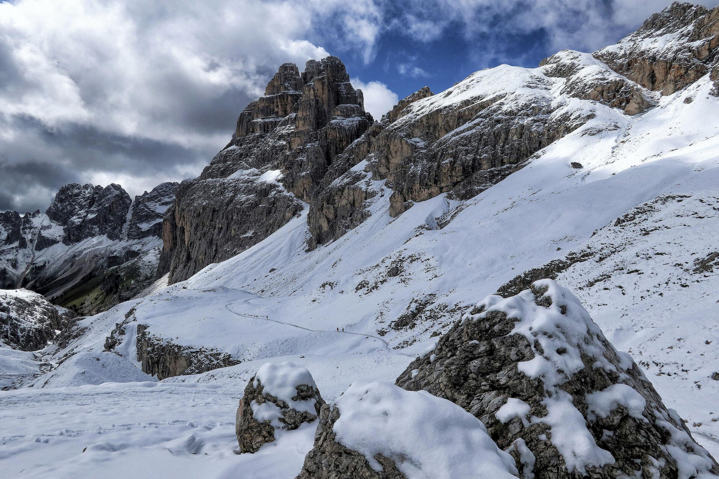 towards the Prince Pass - Catinaccio,Dolomiti...