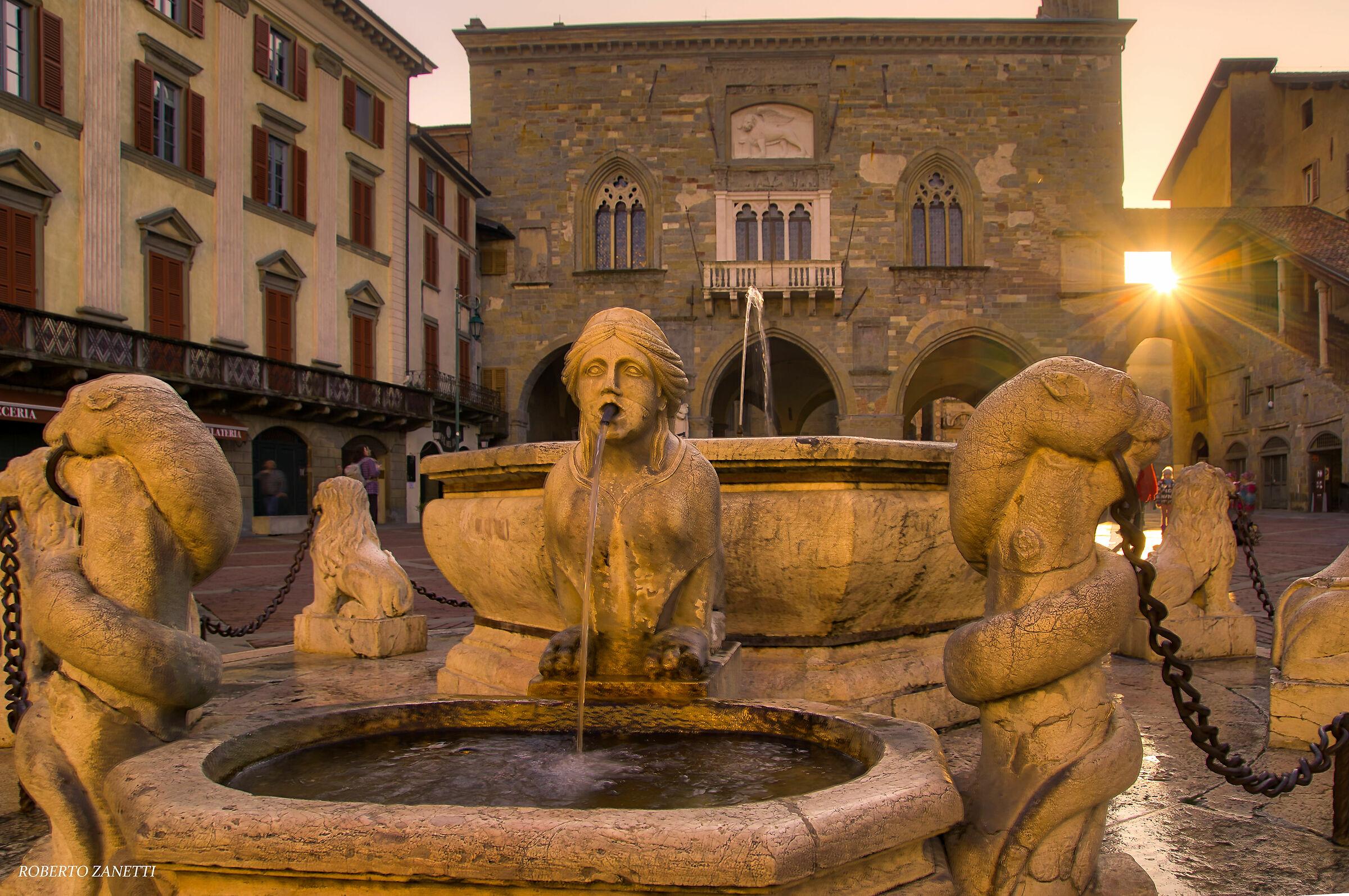 Old Bergamo Square...