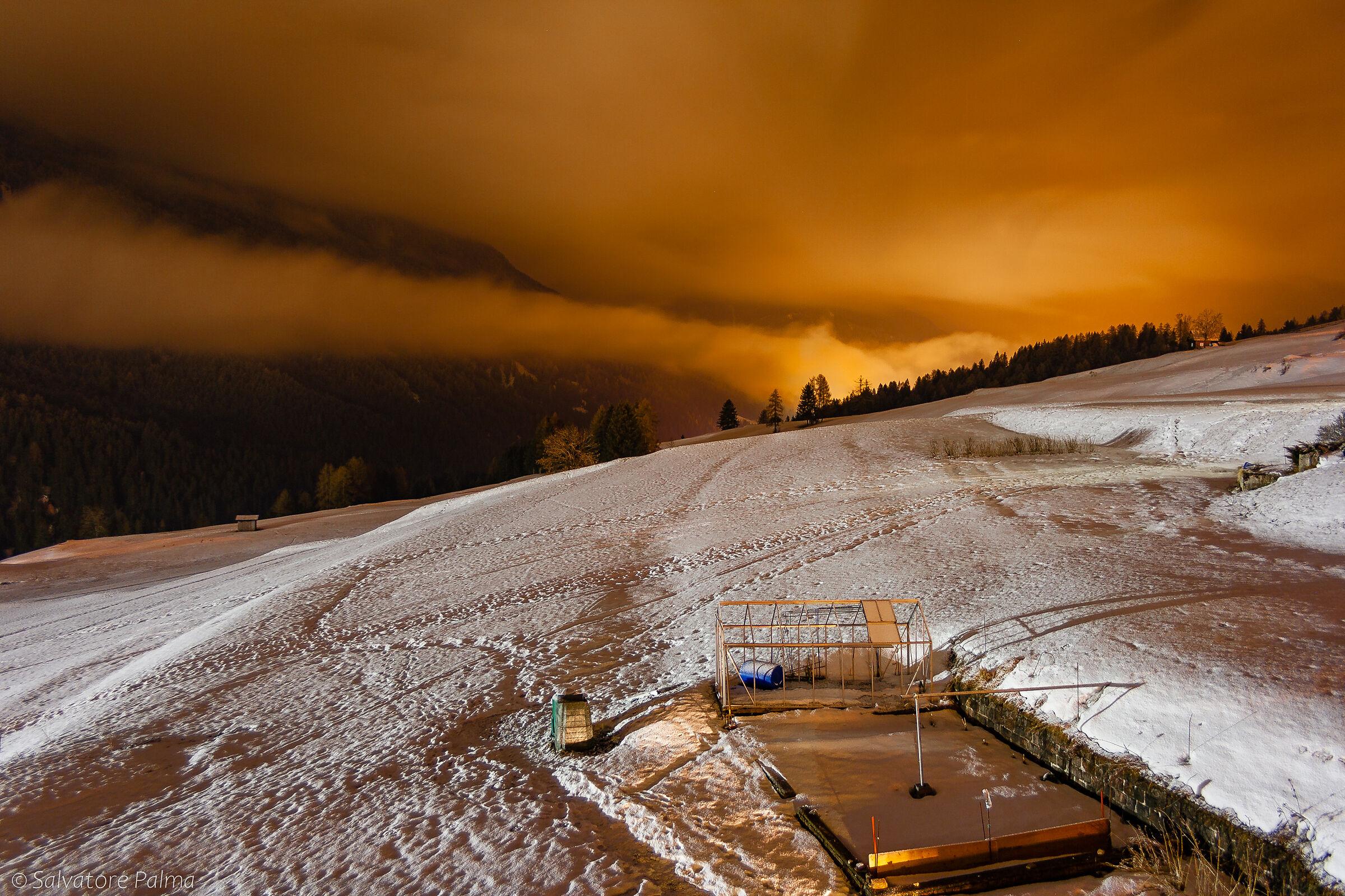 Winter Night, Slare...