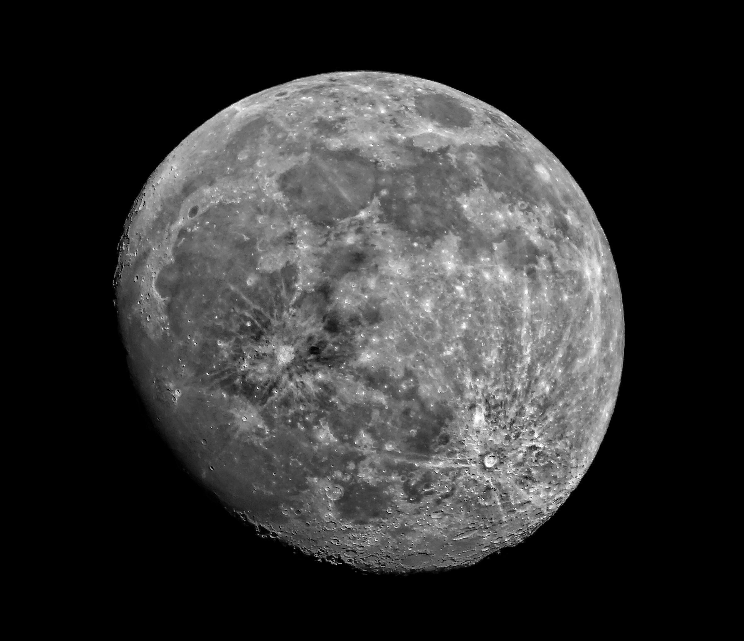 The Moon (06-02-2020)...