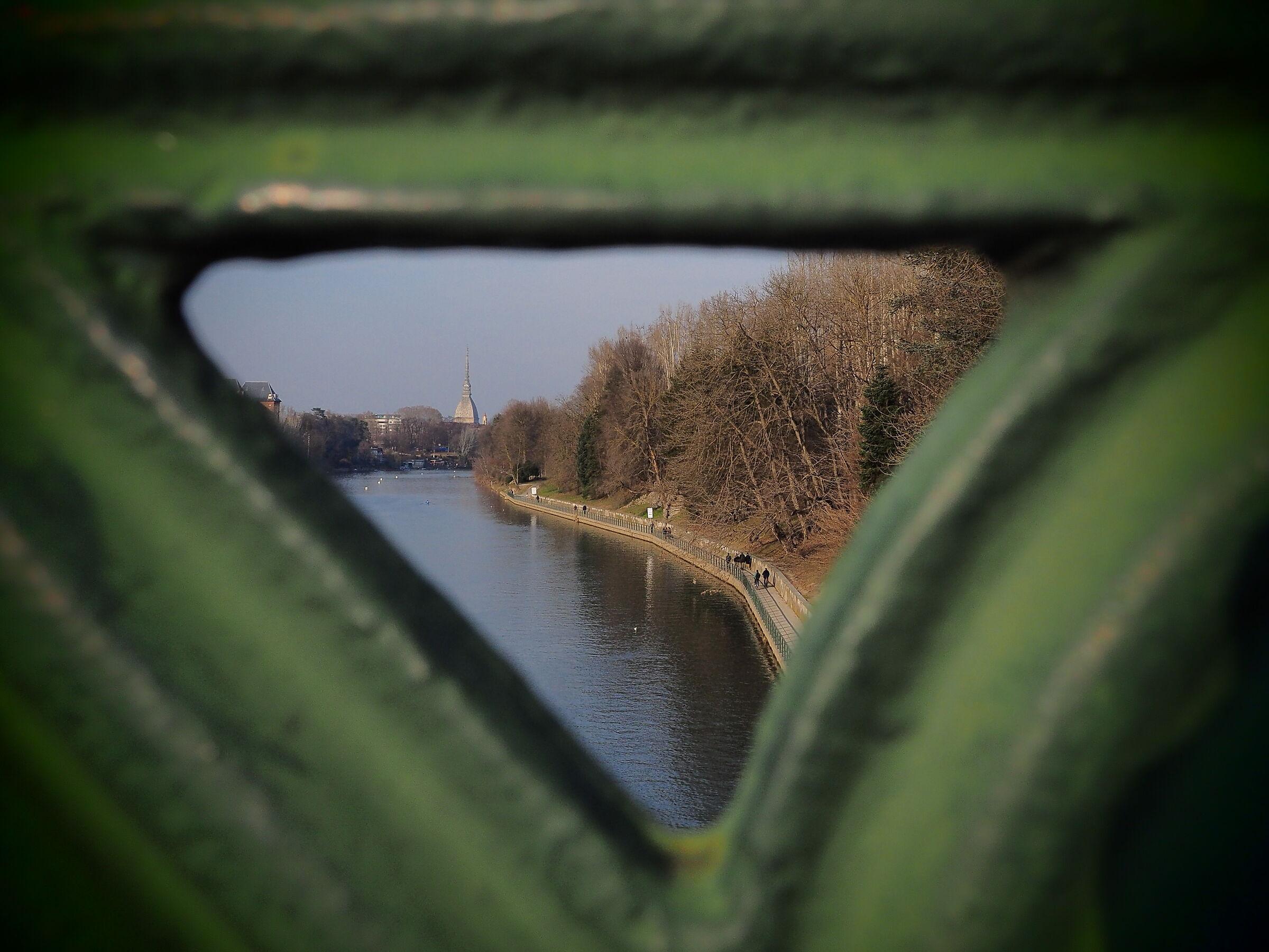 Isabella Bridge Picture ...