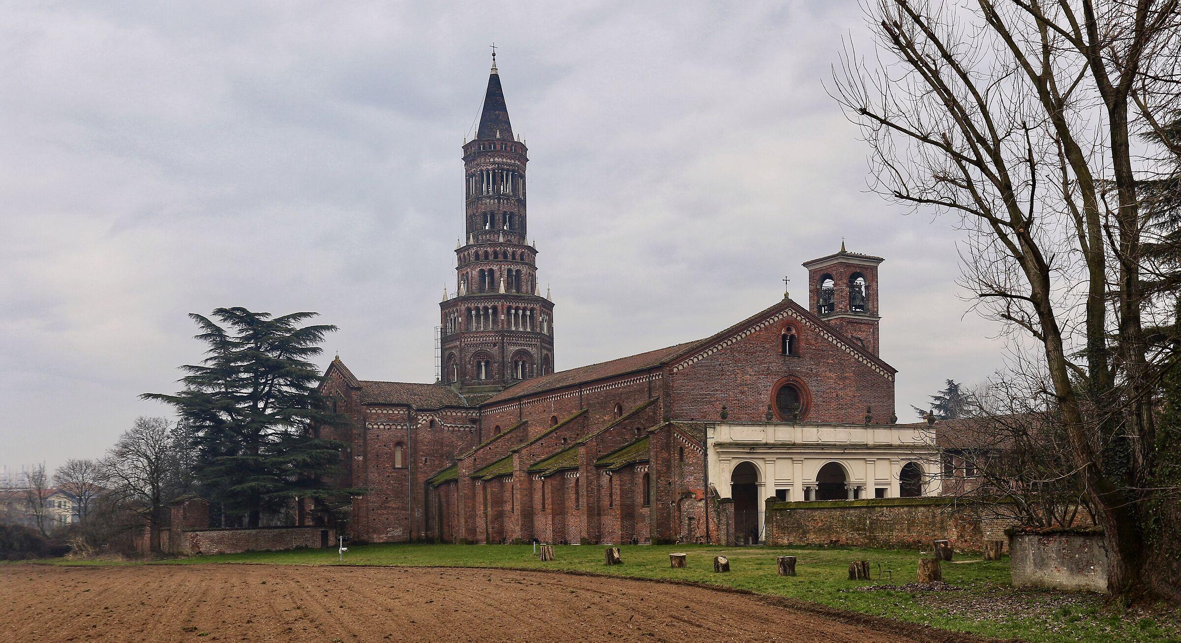 Milano. Abbazia di Chiaravalle....
