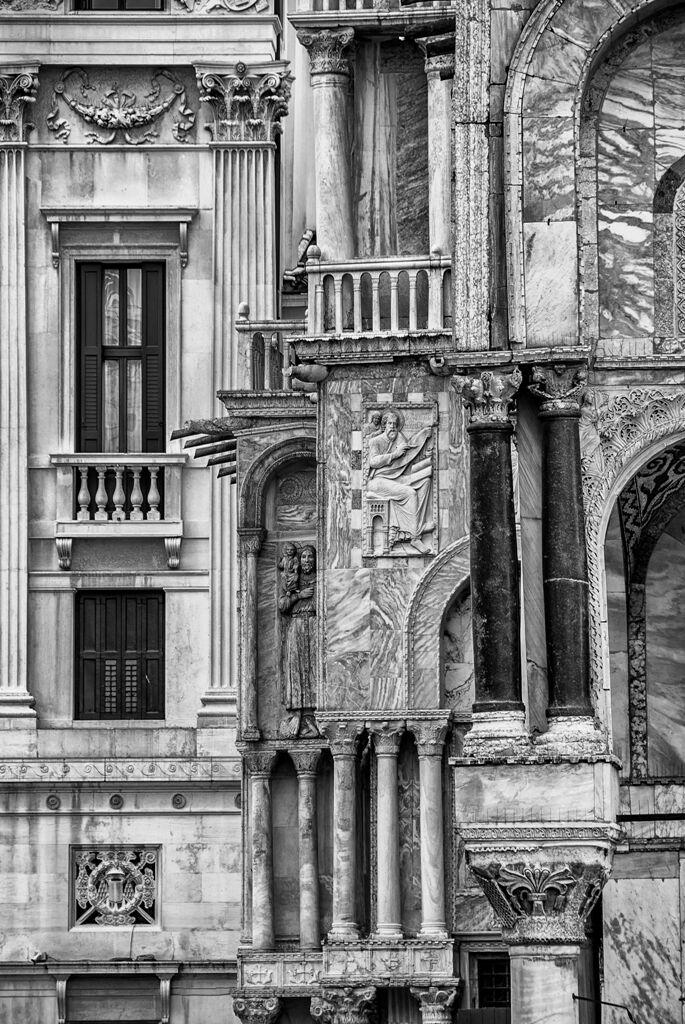 Architecturein San Marco...