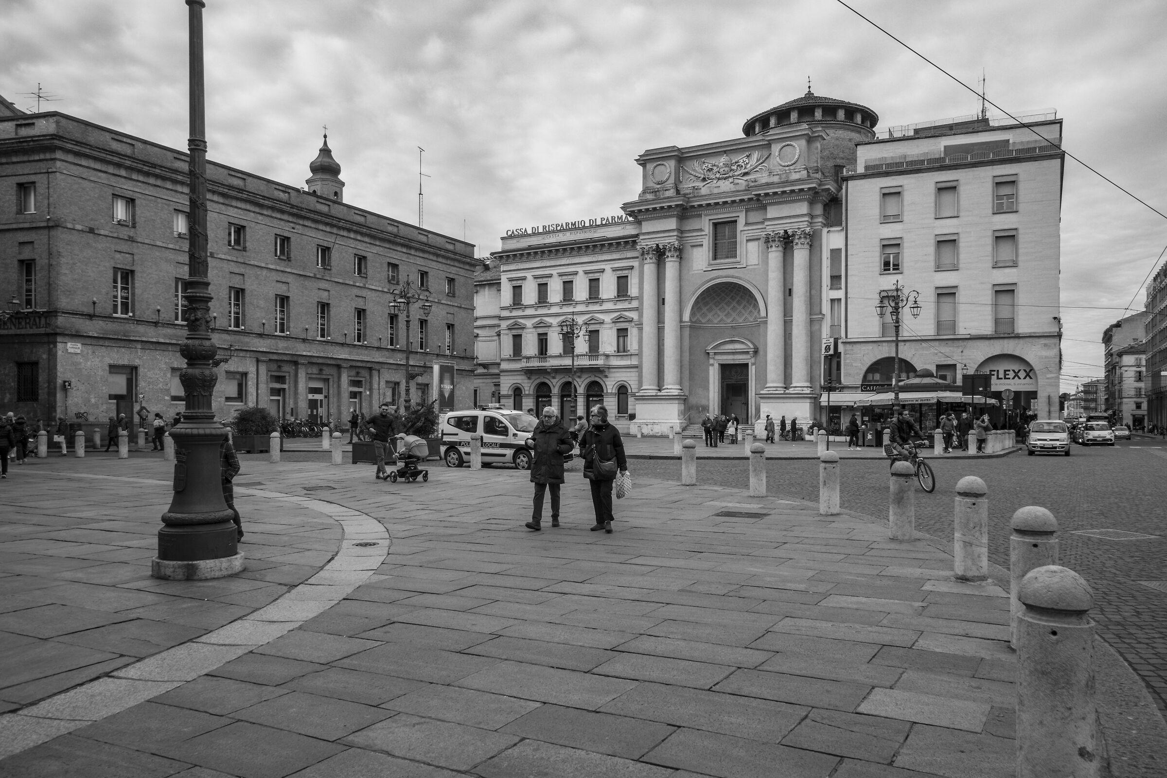 Giuseppe Garibaldi Square - 1...