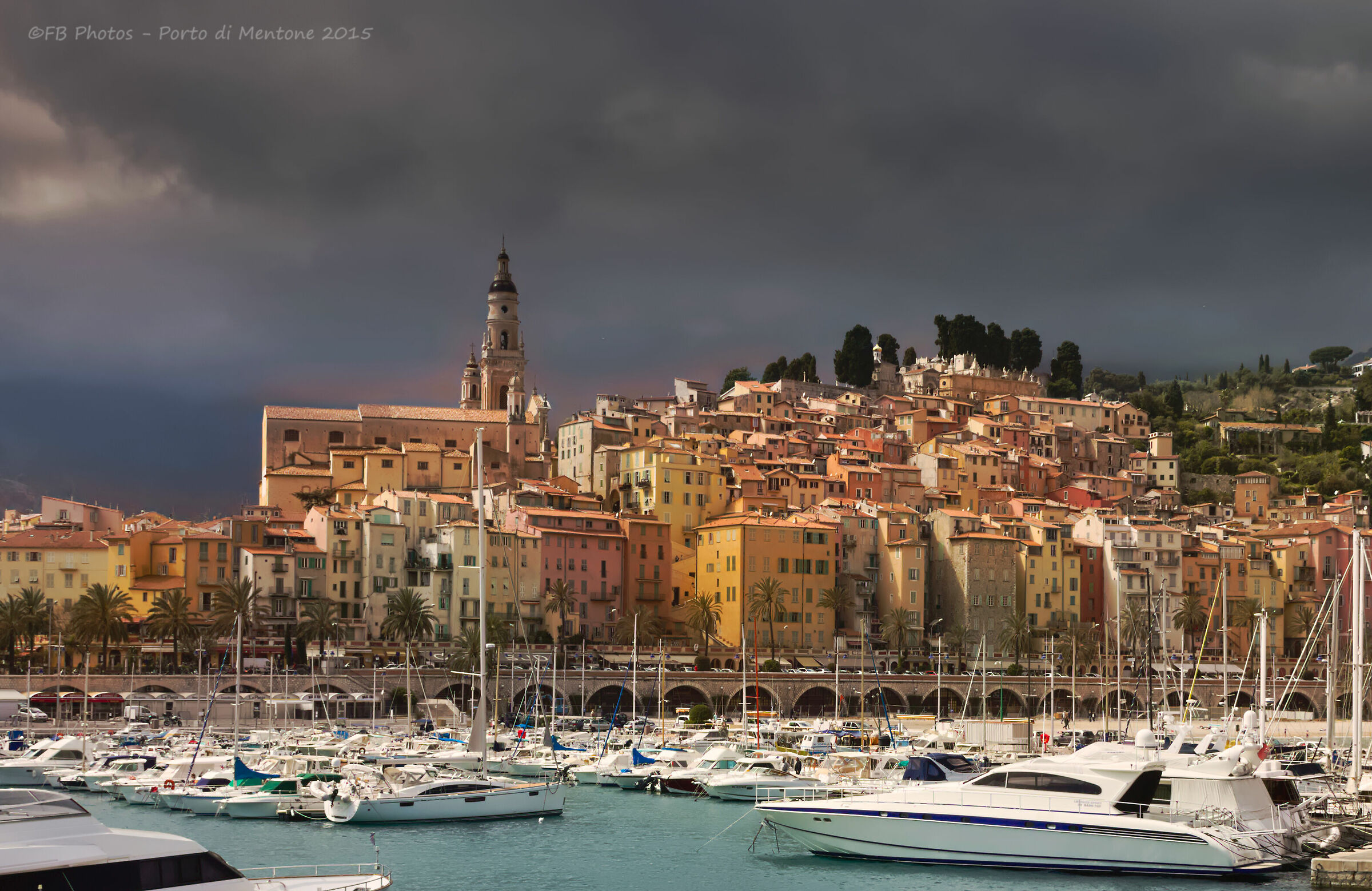 The colours of the port of Menton...