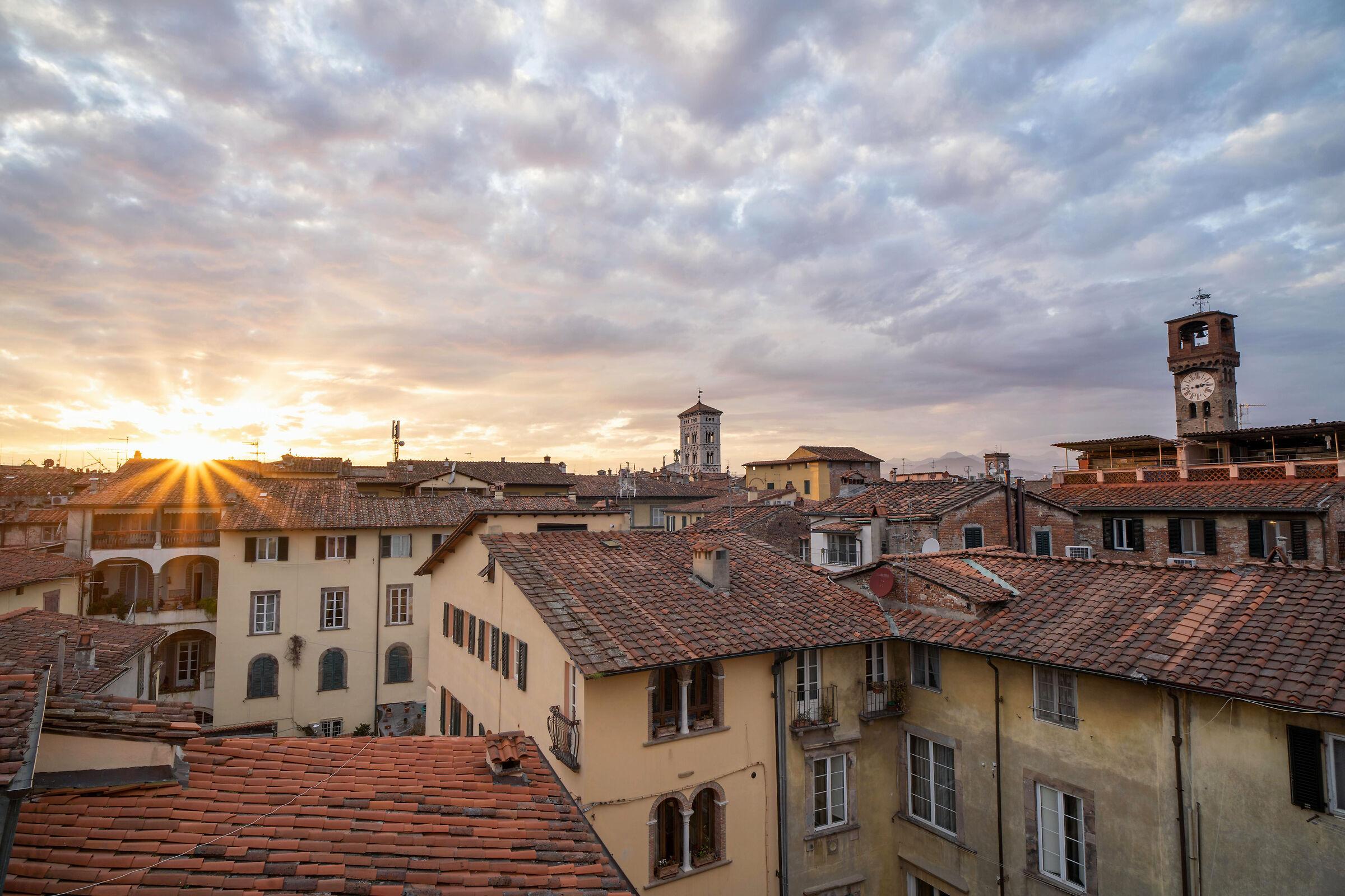 Lucca vista da casa #IoRestoaCasa...