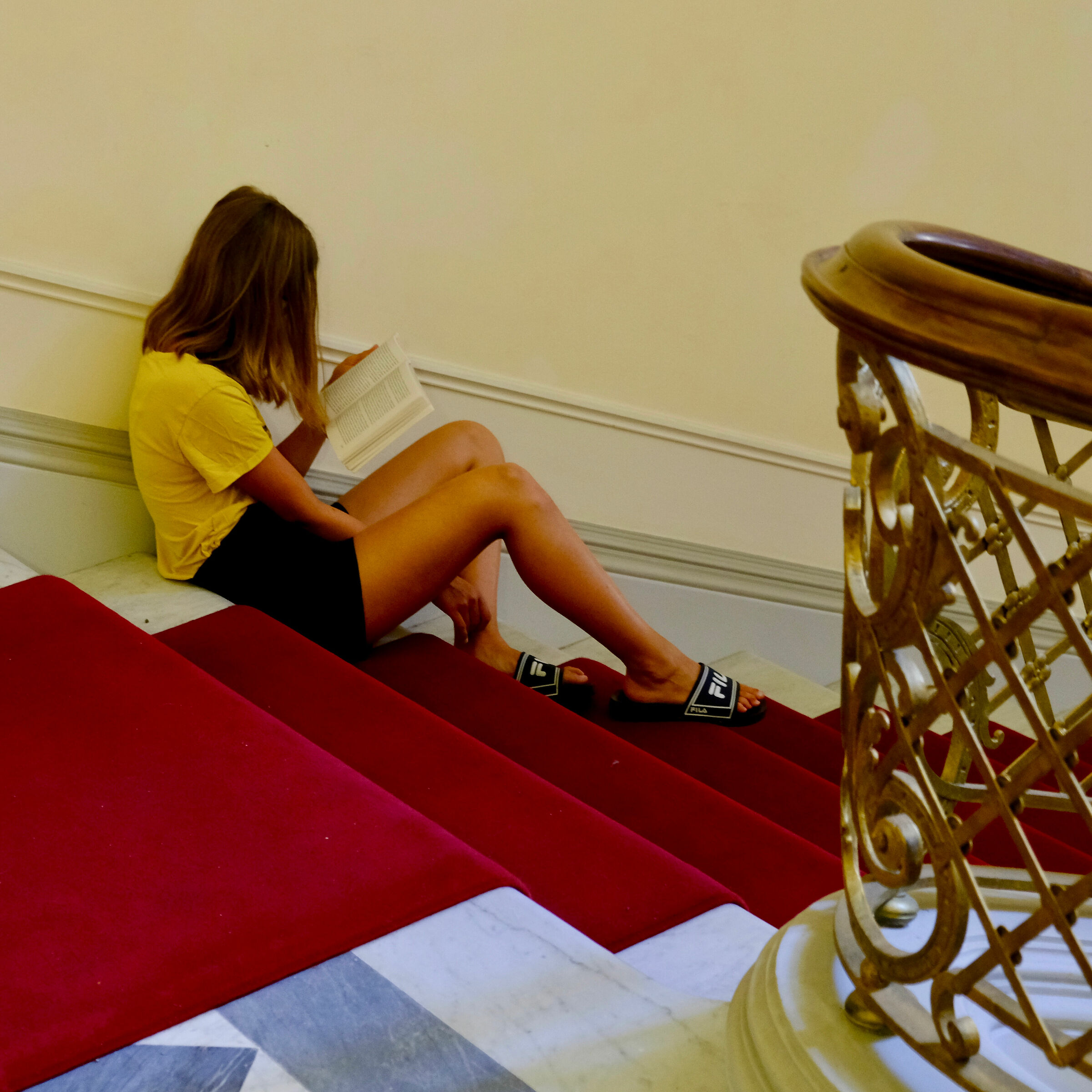 The reader at the museum...