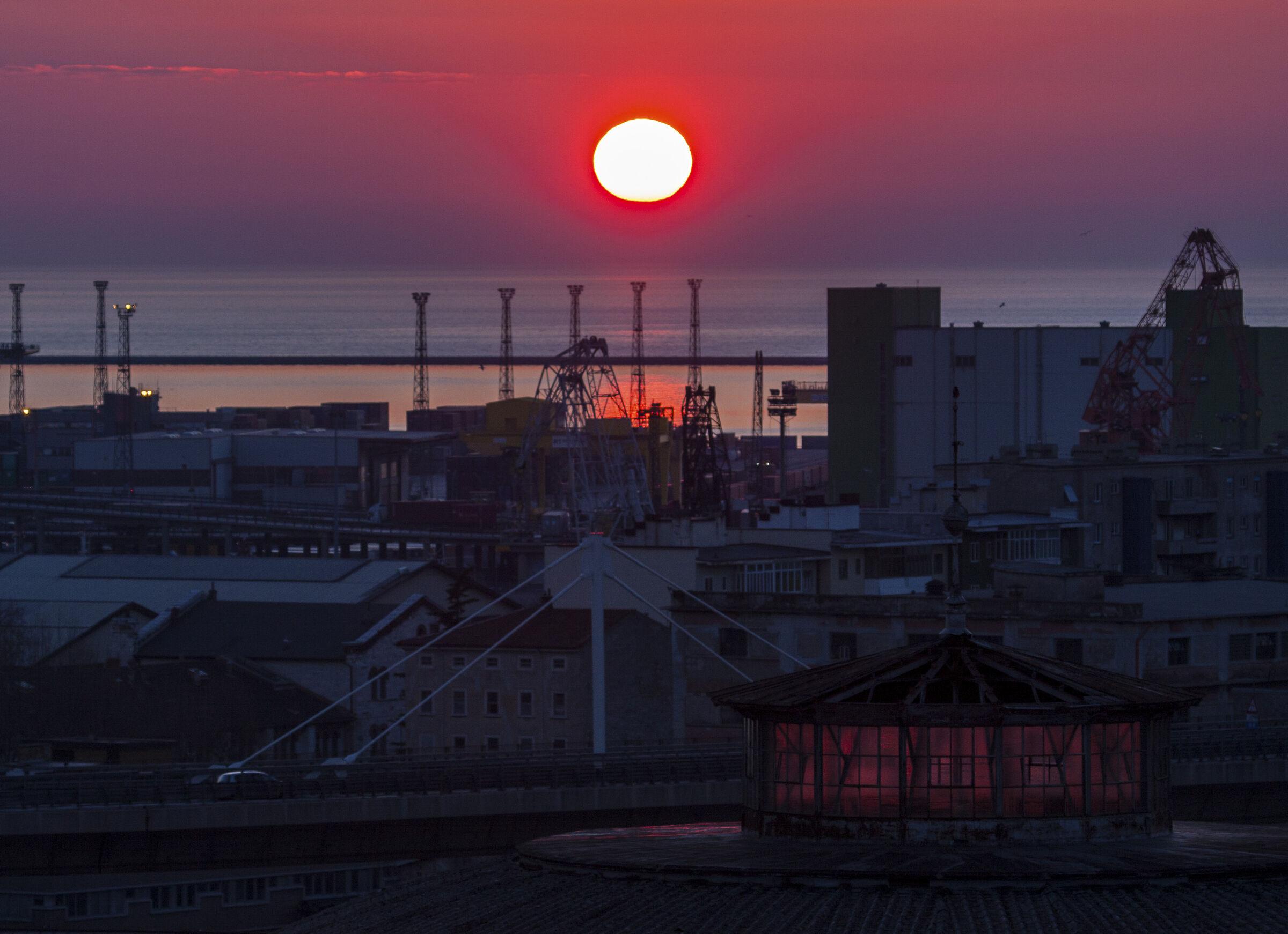 Sunset 3 - Pier IV ...