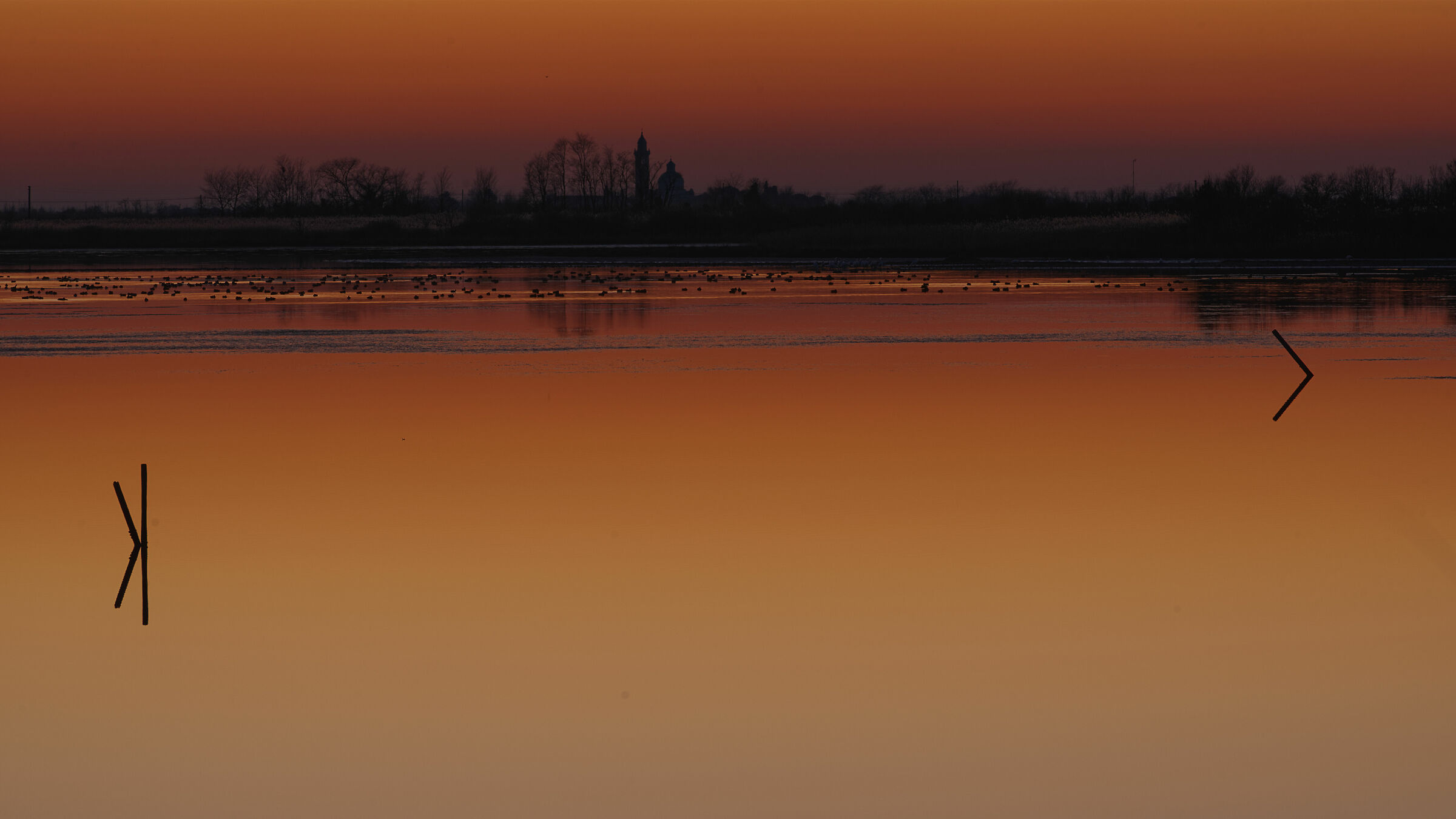 The calm and silence of the lagoon...