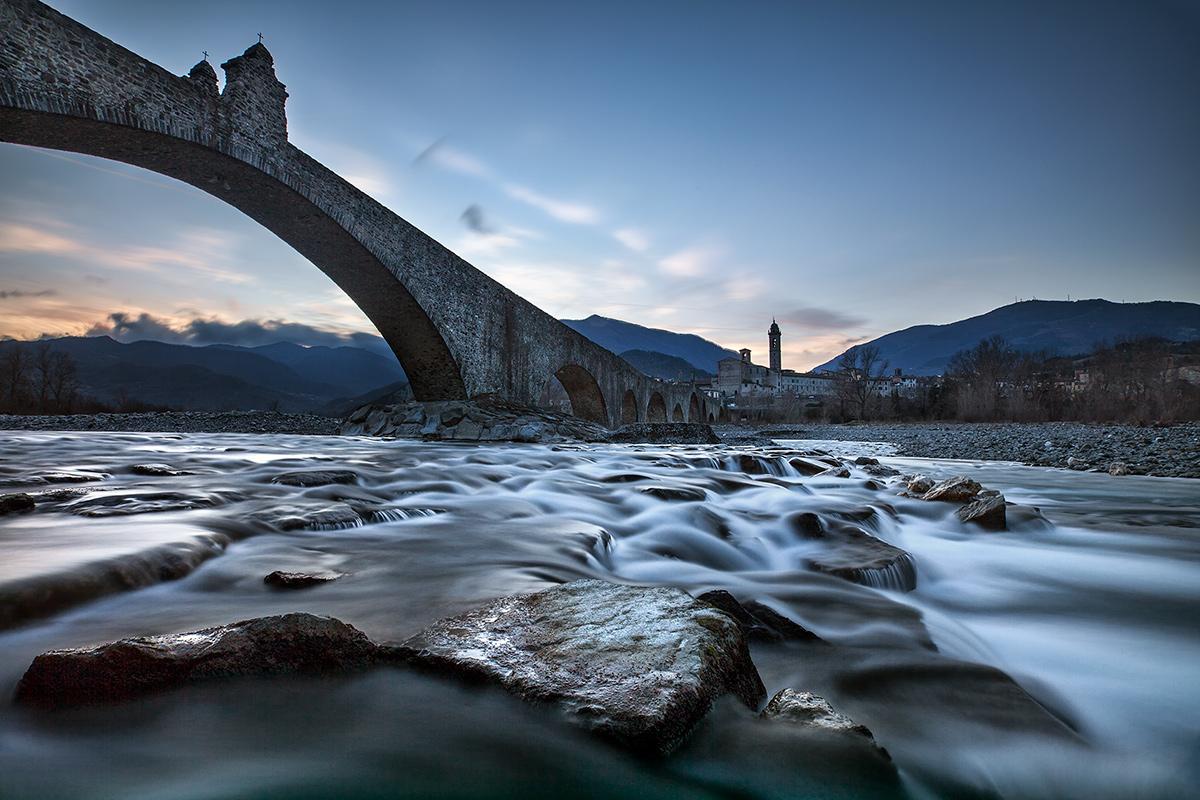 Gobbo Bridge in blue time...