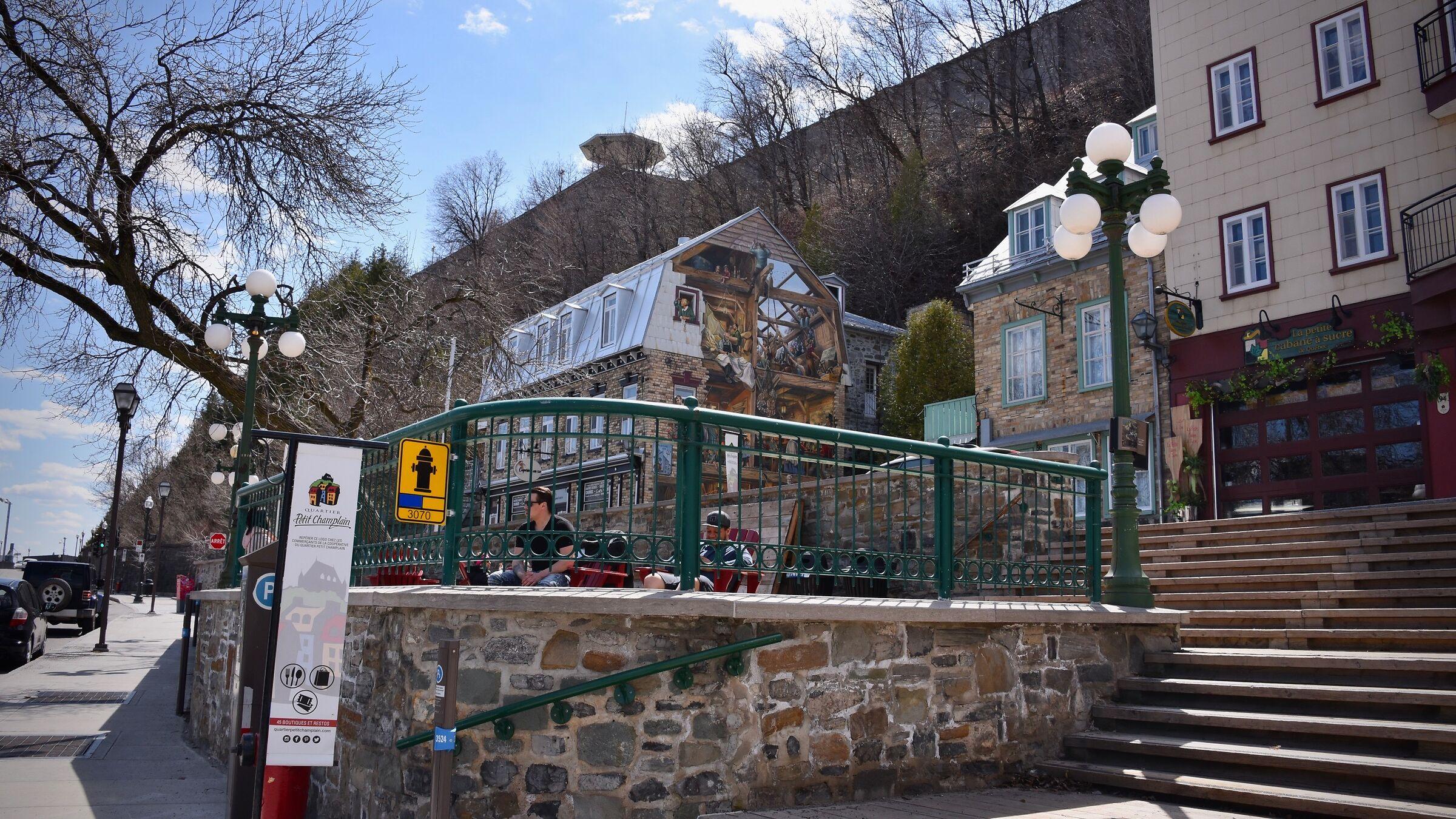 Little presence in Petit-Champlain, desolation, Quebec...