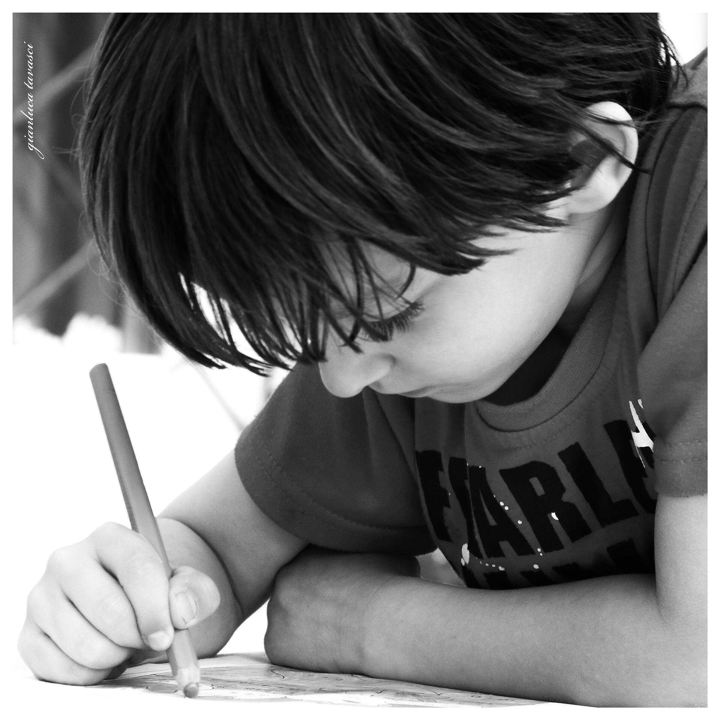 Tommaso fa i compiti!!!...