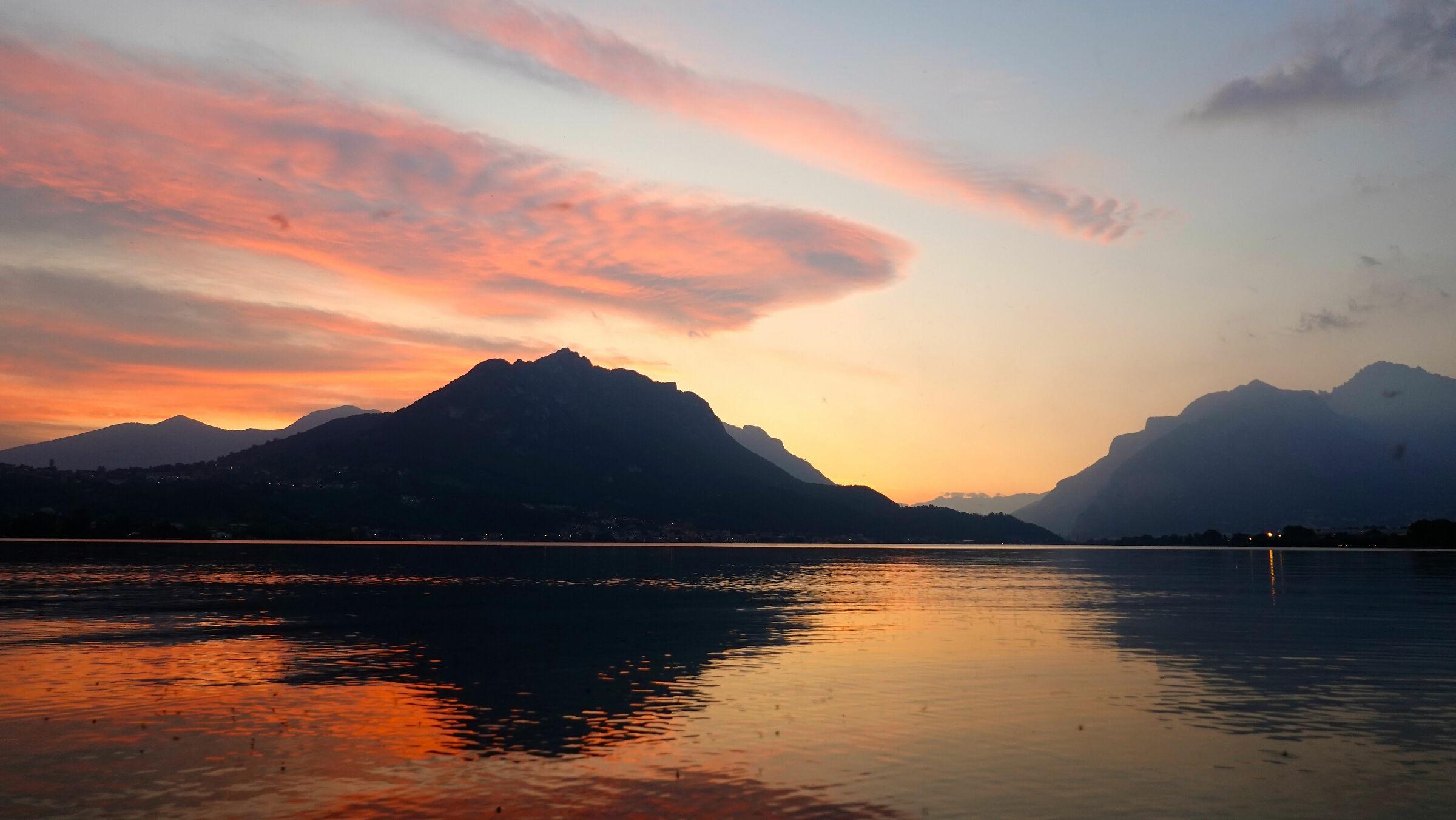 Lake Garlate, sunset on Mount Barro...