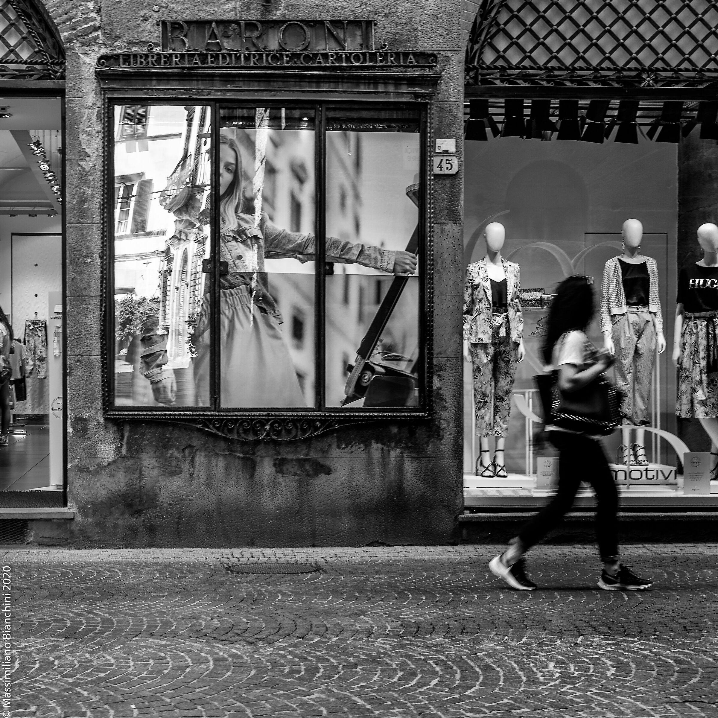 Lucca_001...