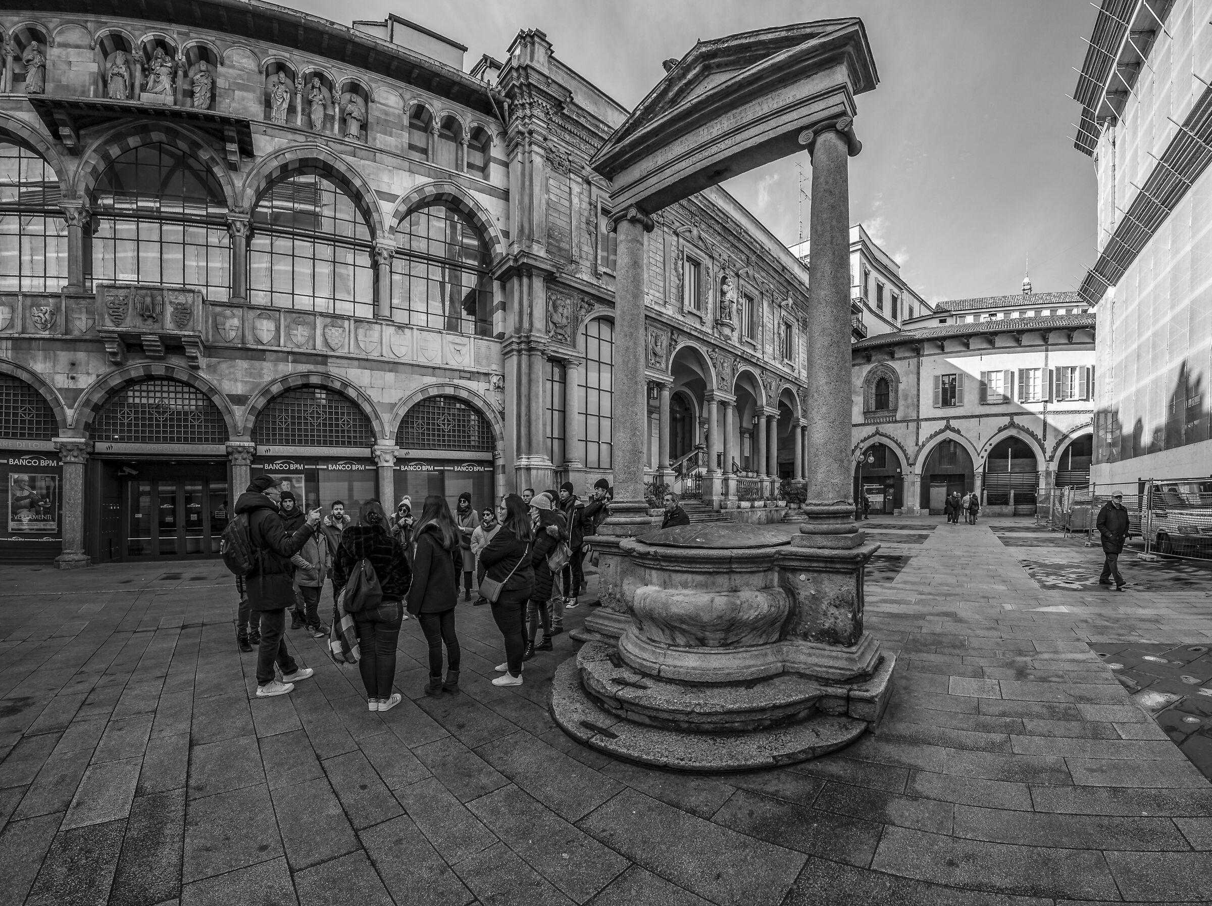 Merchant Square - 1...