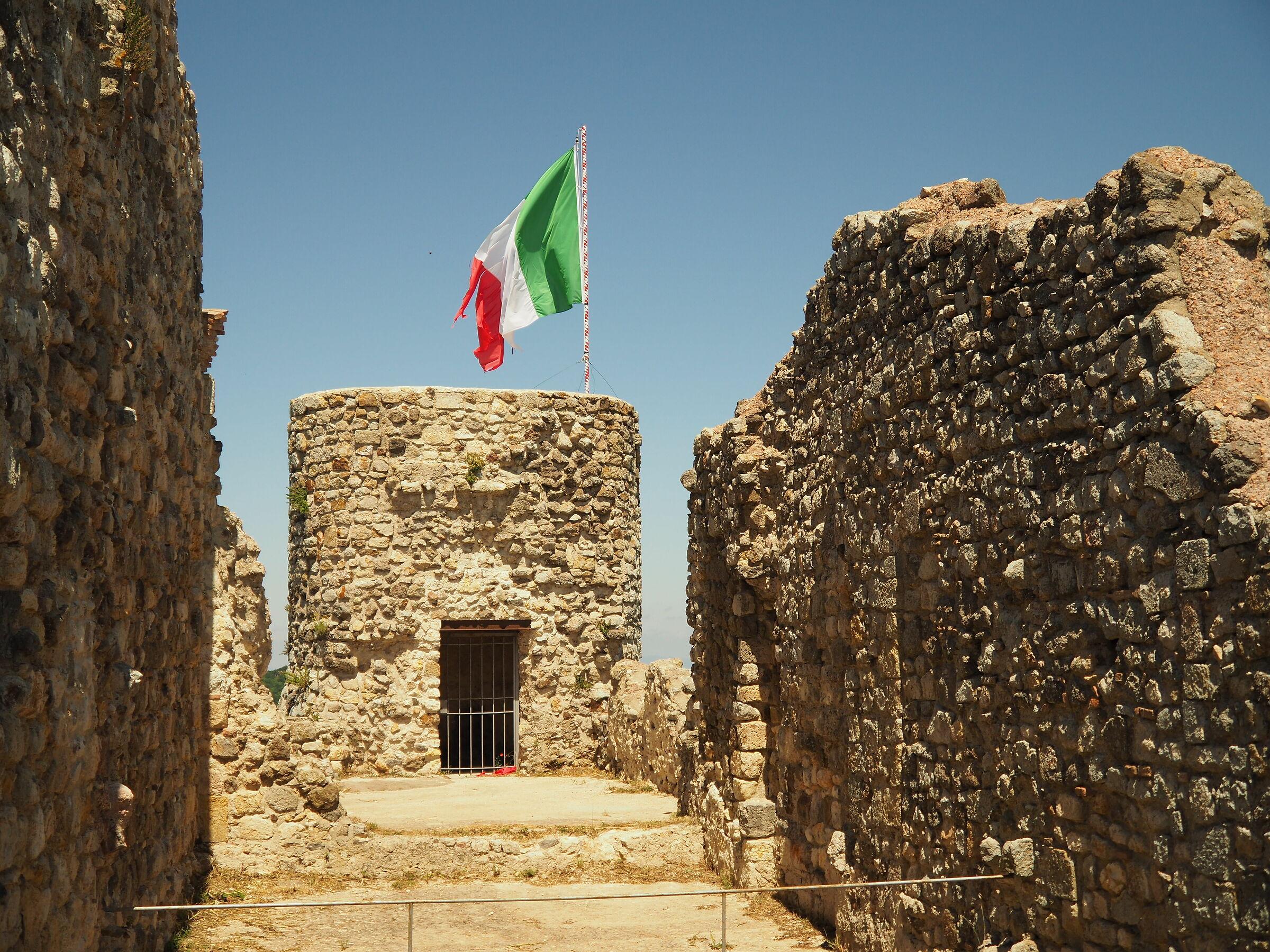 Rocca dei Frangipane, Tolfa (rm)...