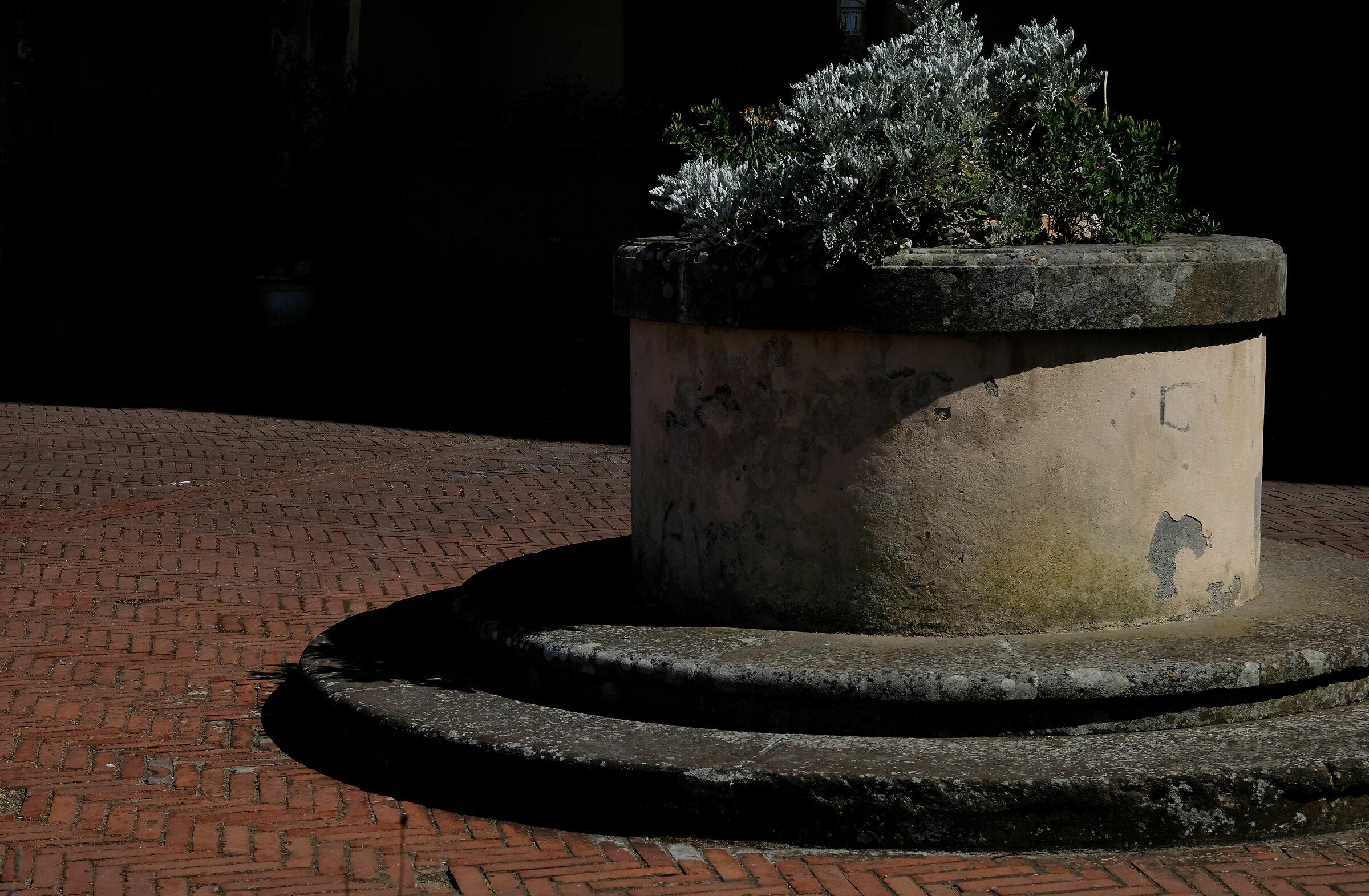 Il pozzo di Piazza Santa Barbara...