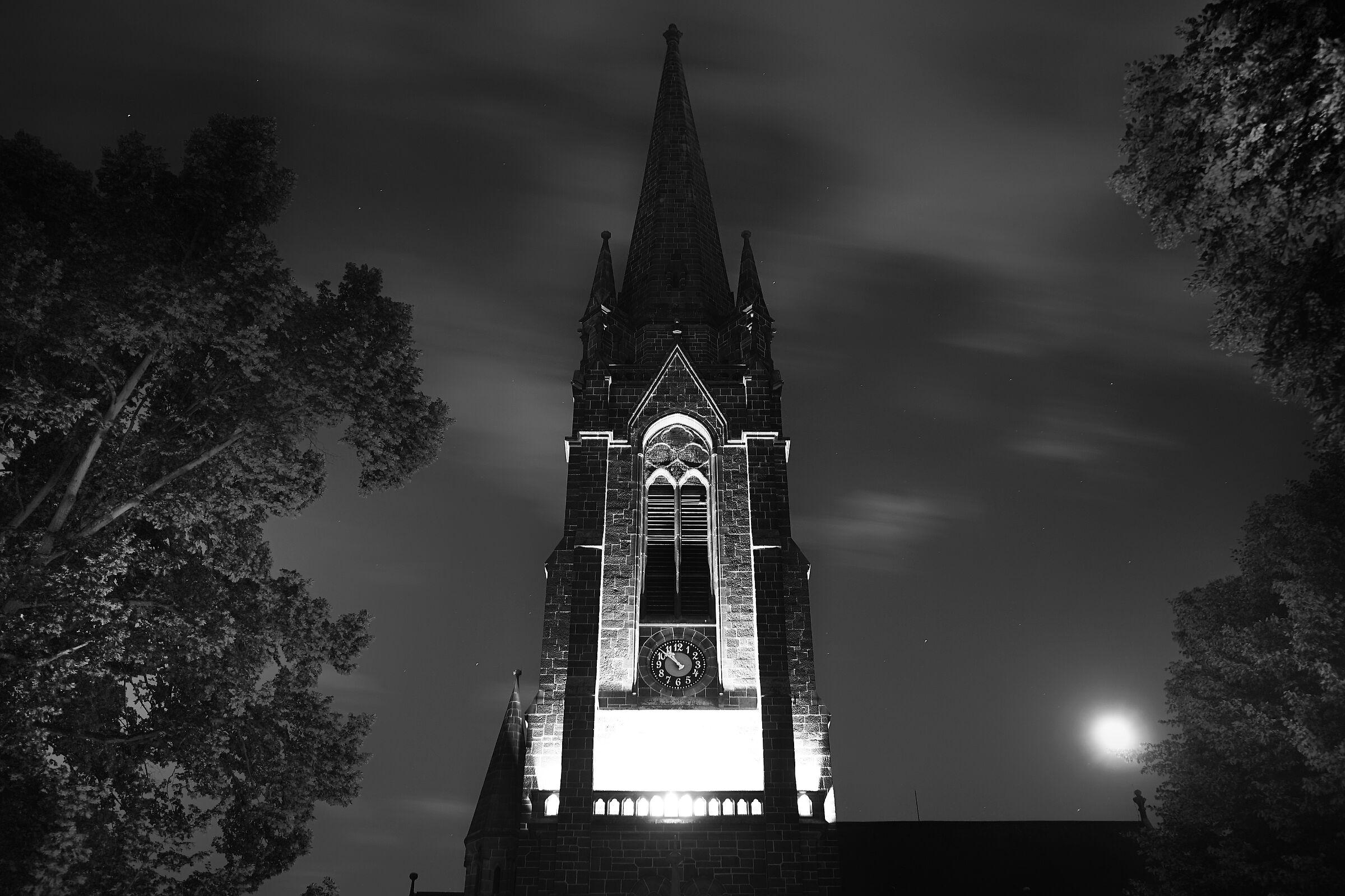 Dankeskirche, New1000s ...