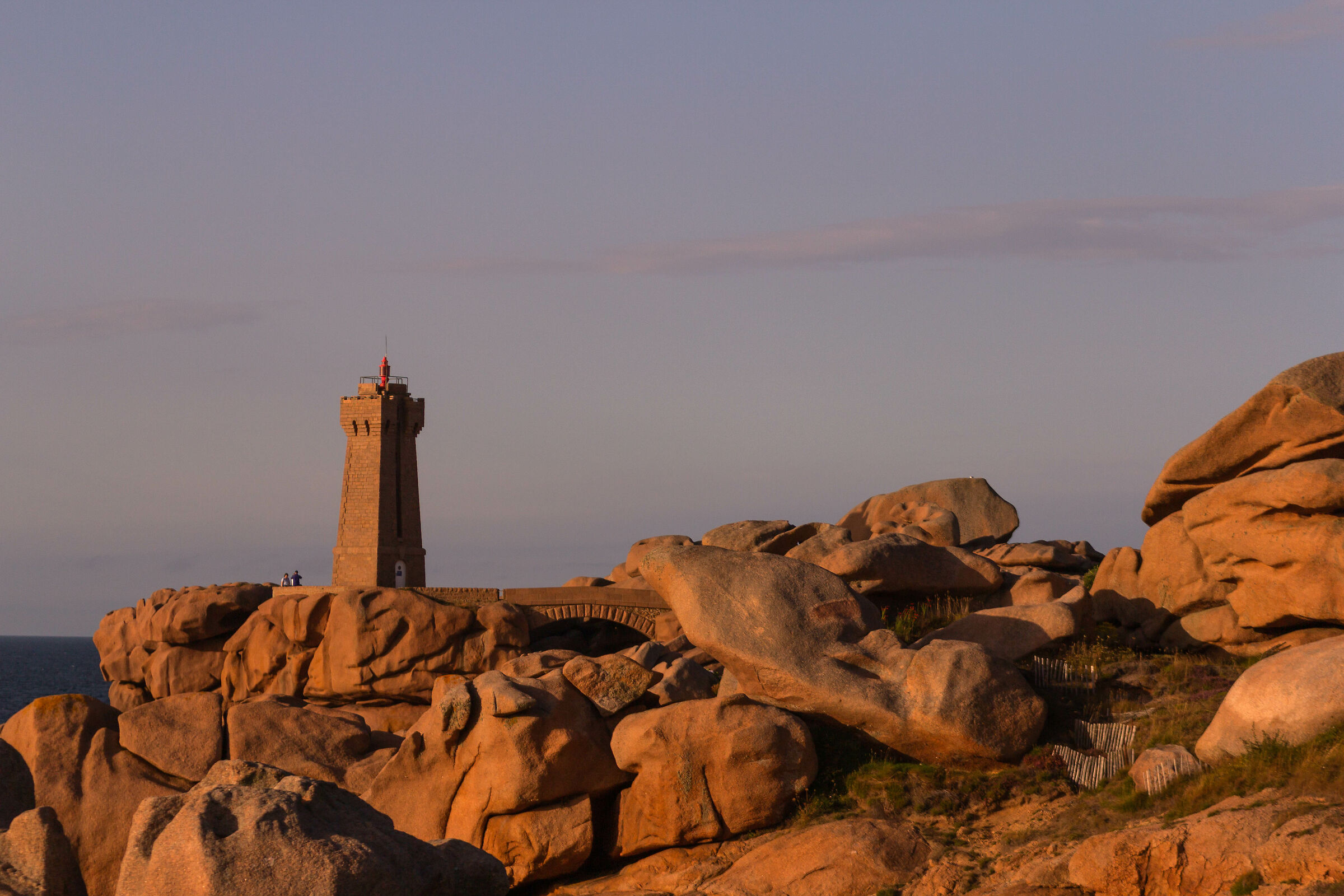 Faro di Ploumanac'h verso sera...