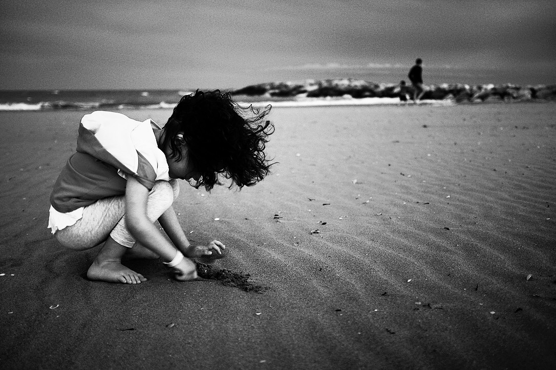 Small grains of sand in the wind...