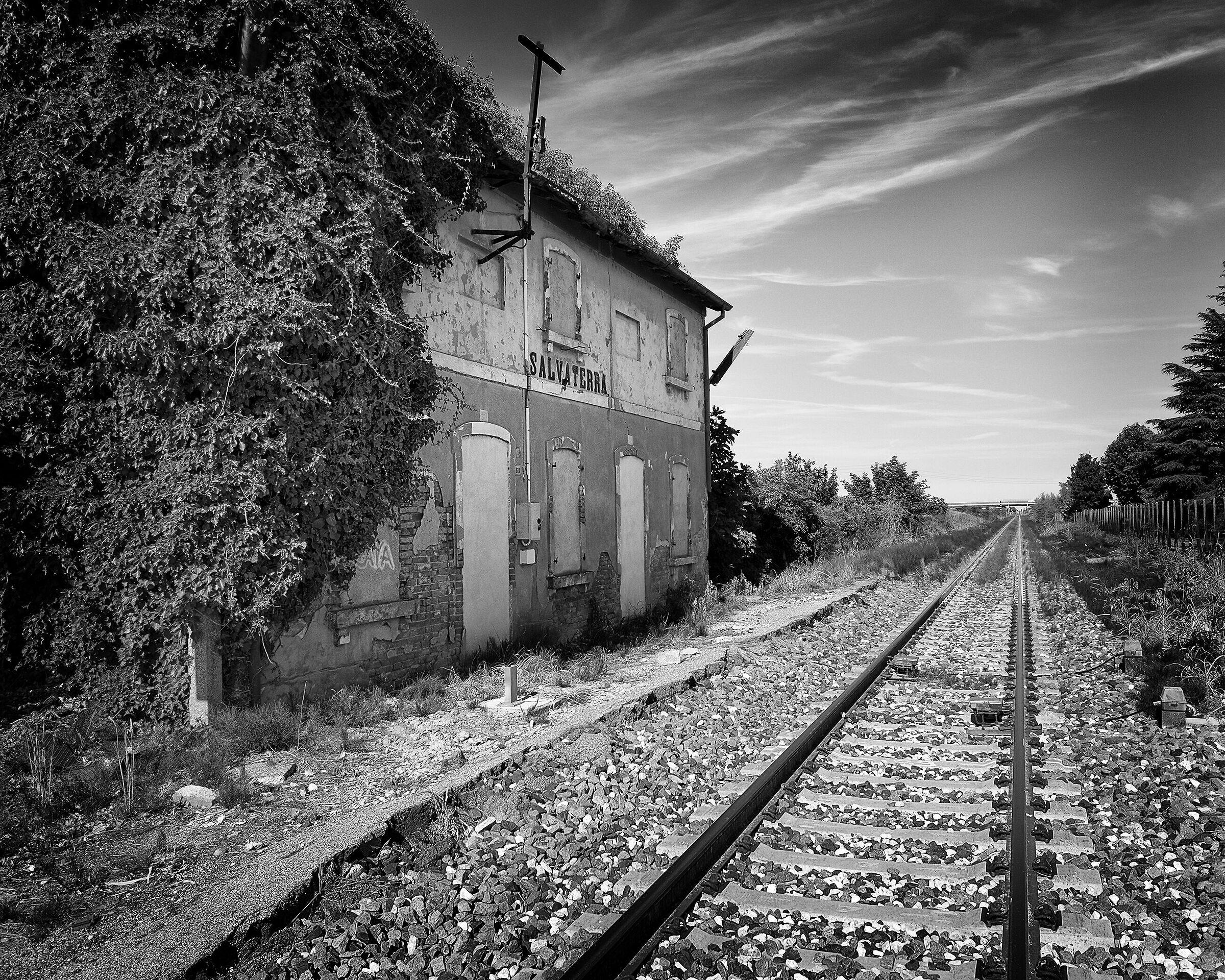 Salvaterra railway station...