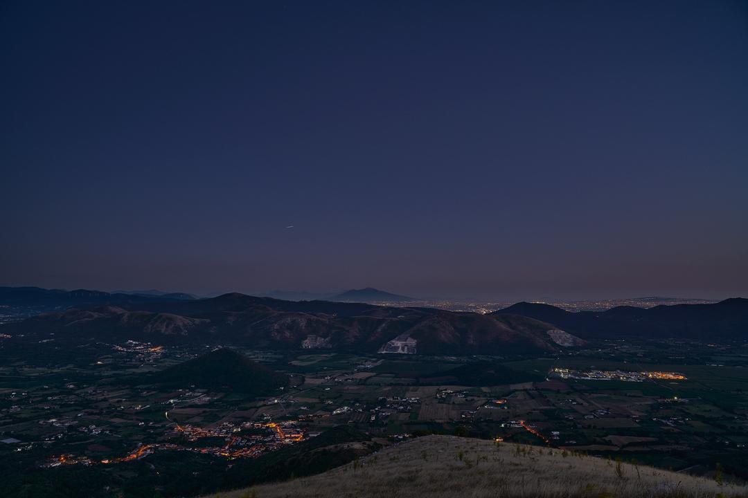 Piana di Monte Verna (ce), il Vesuvio e la ISS...