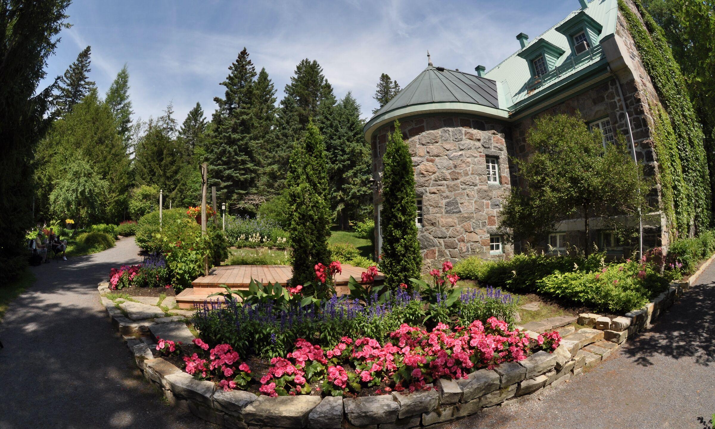 Bellissimo parco nel sobborgo di Quebec...