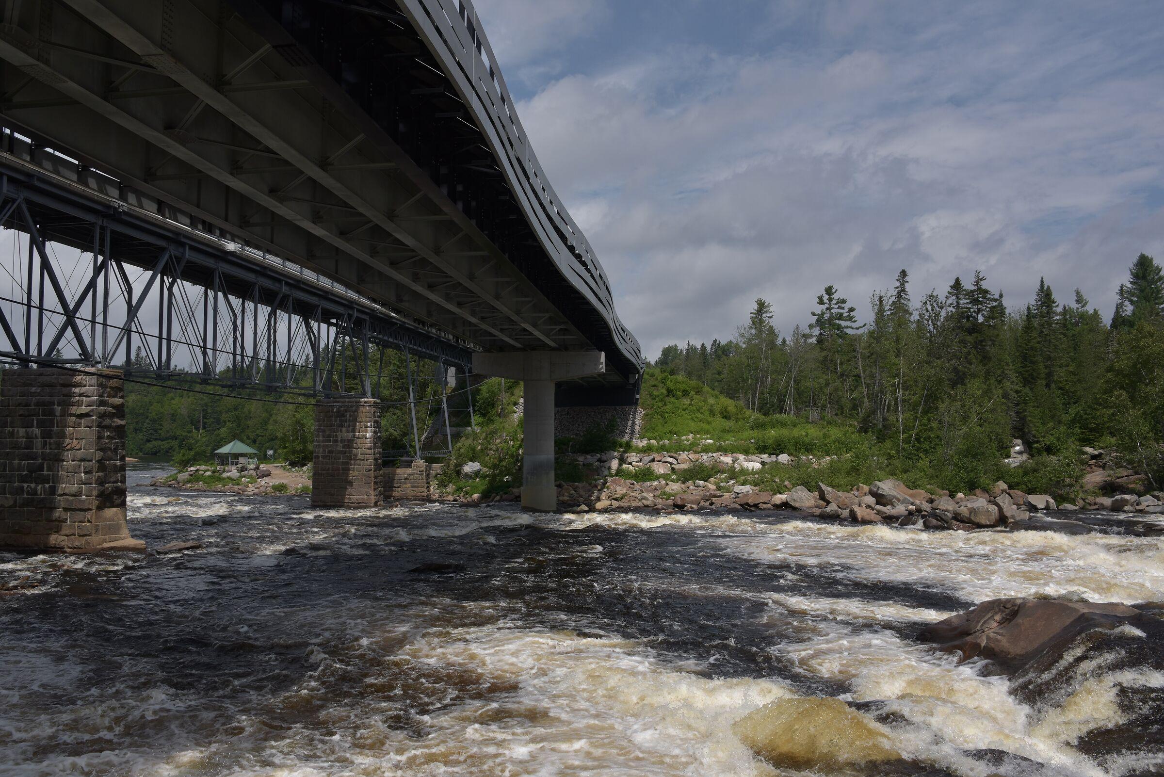 Fiume Jacques Cartier - Shannon ''ponte'' - Quebec .....