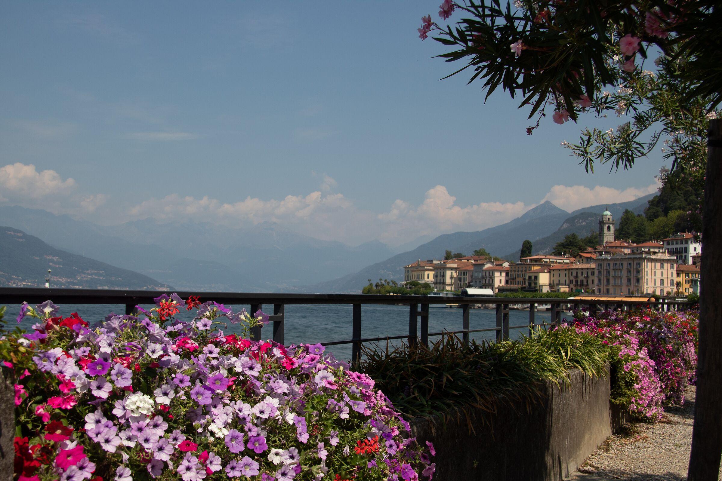 Lake of Como, New1...