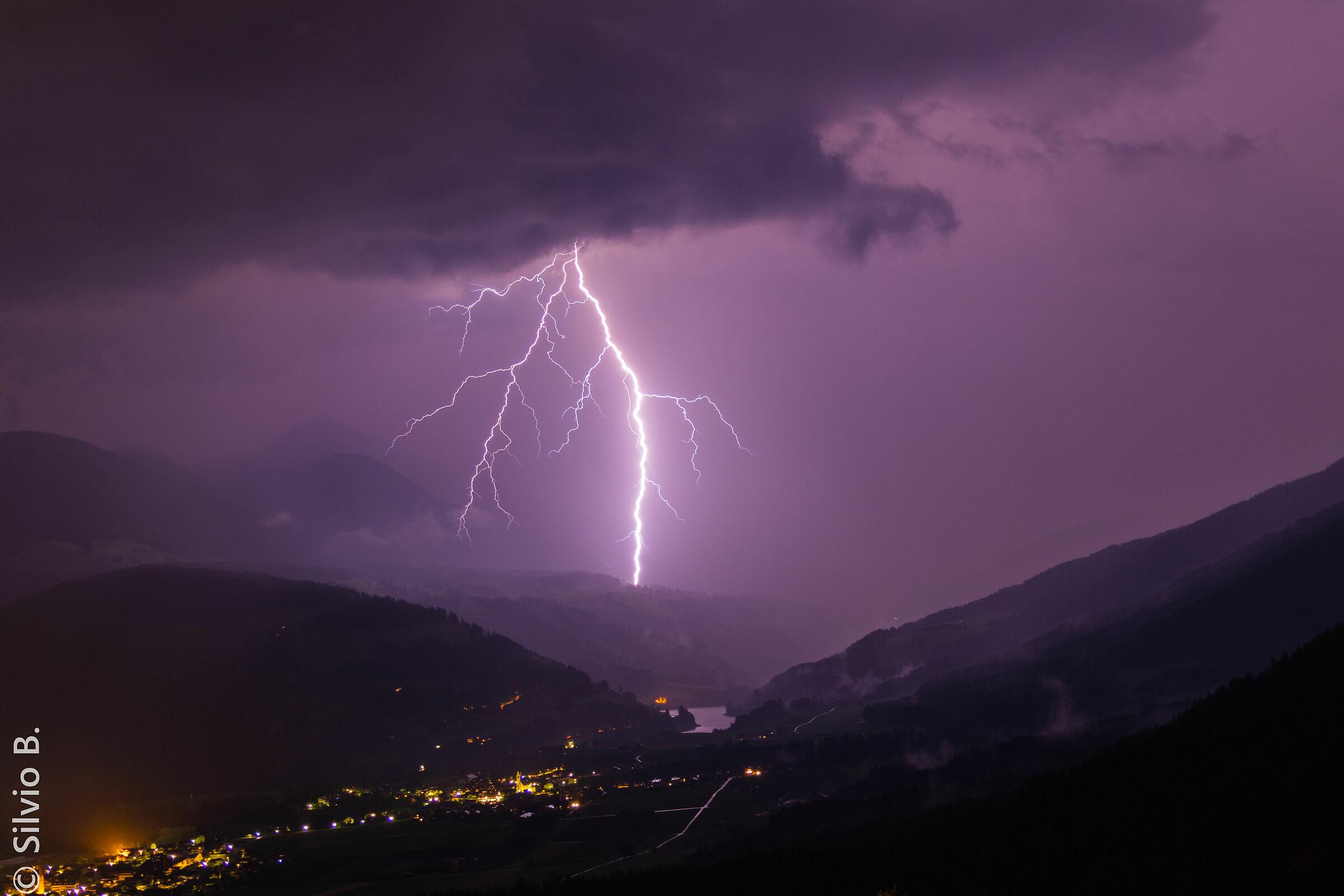 Overnight thunderstorm in Valdaora...