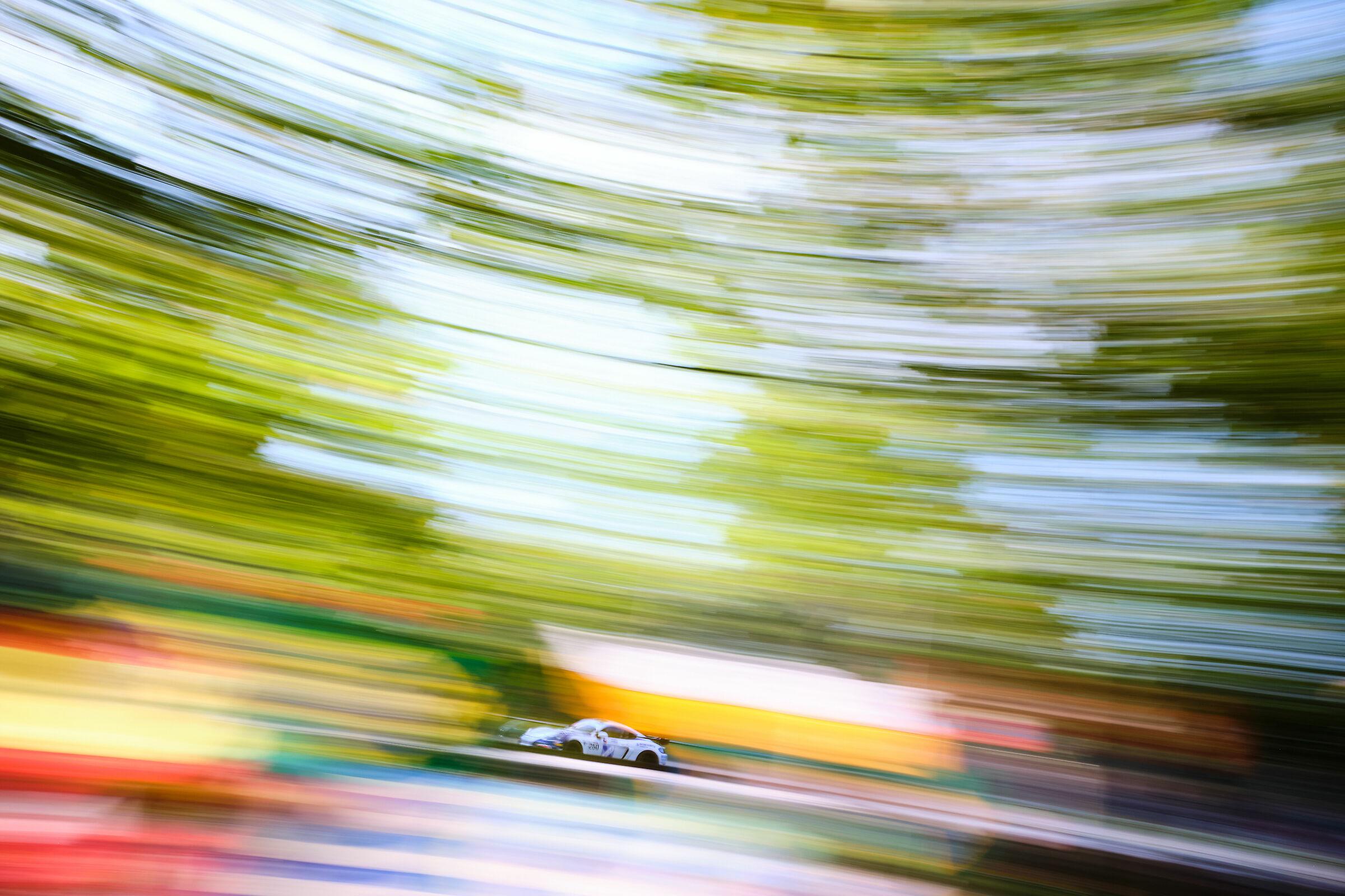 Porsche Cayman GT4 - Ebimotors...