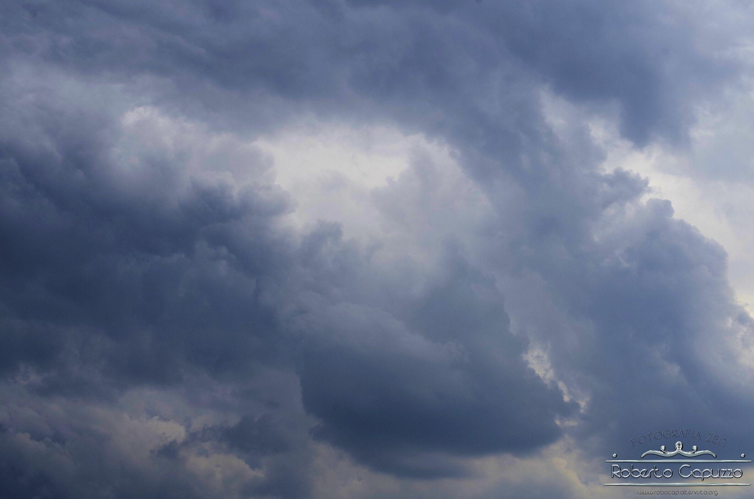 Cielo sopra Aguscello 003...