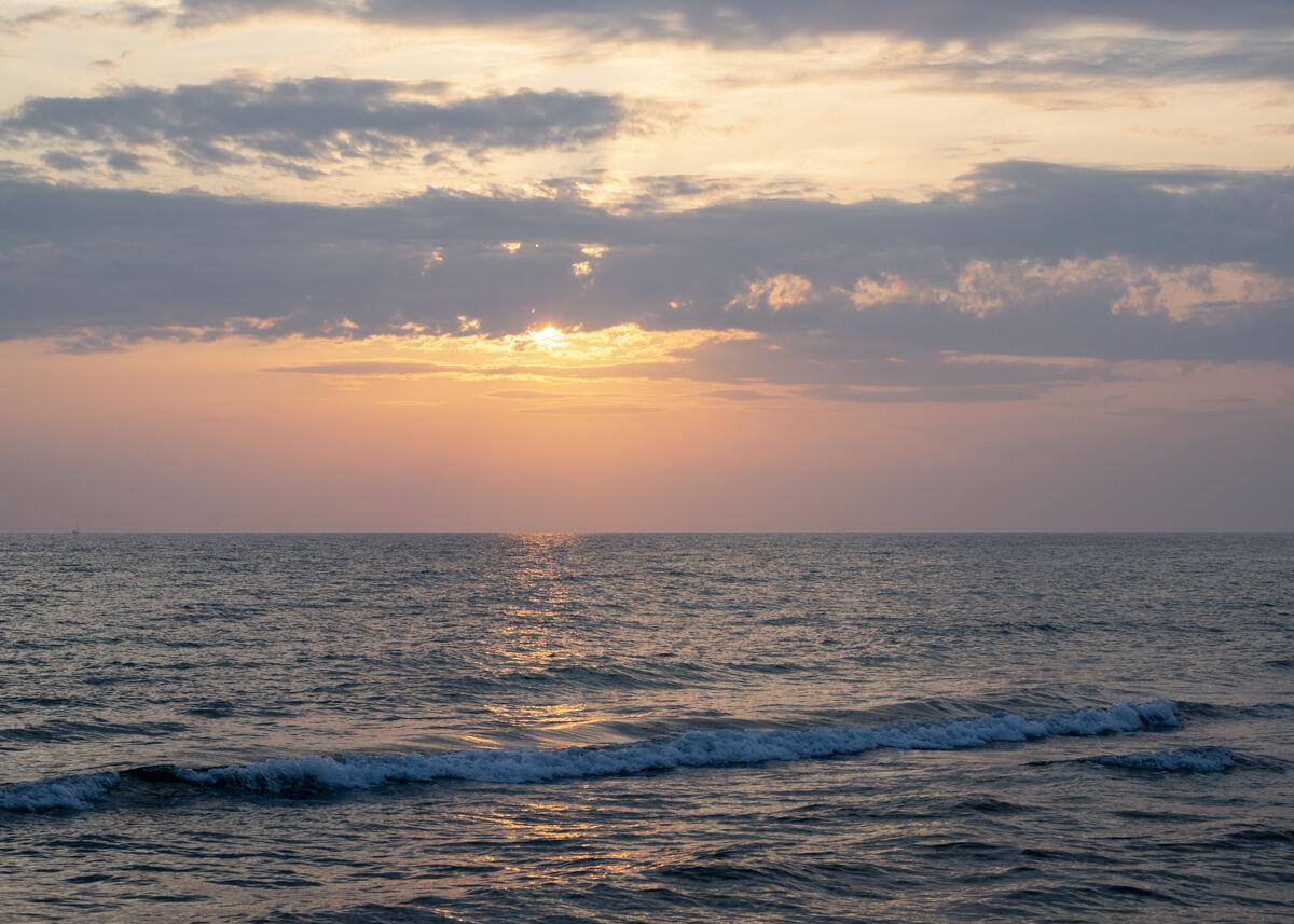 Last sunset of summer 2020 - 1...