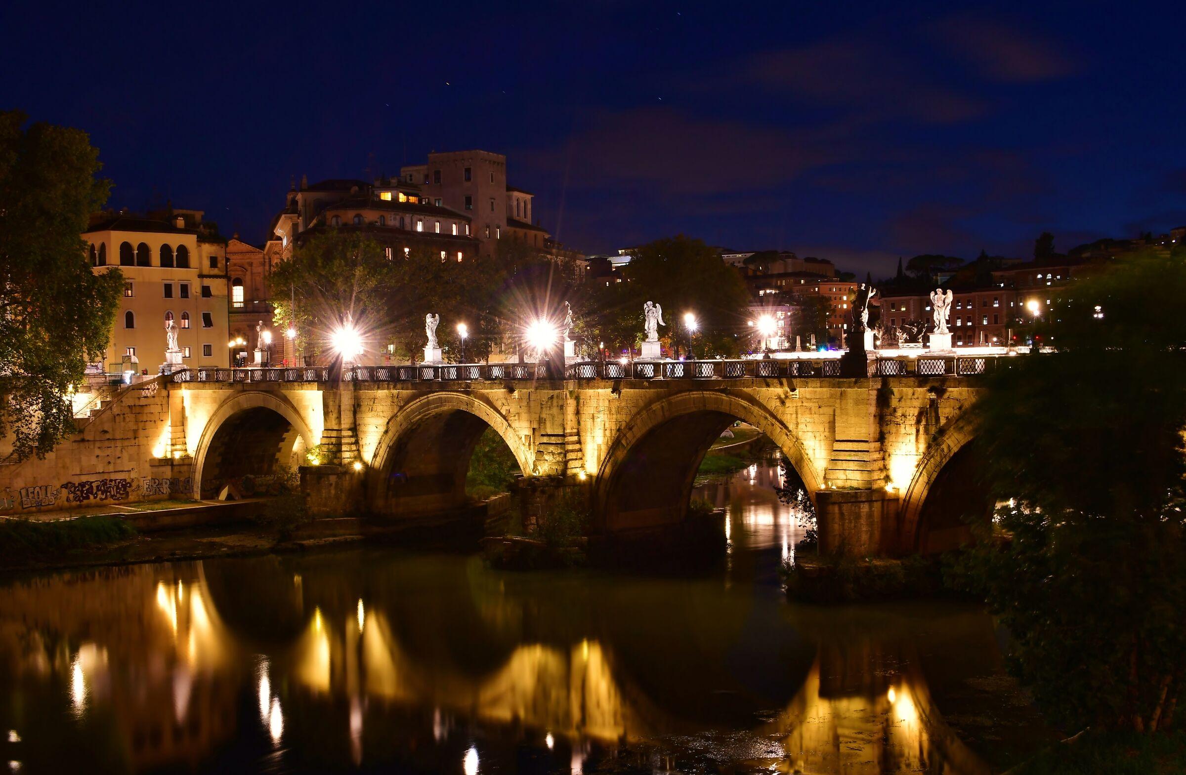 Rome - Sant'Angelo Bridge...