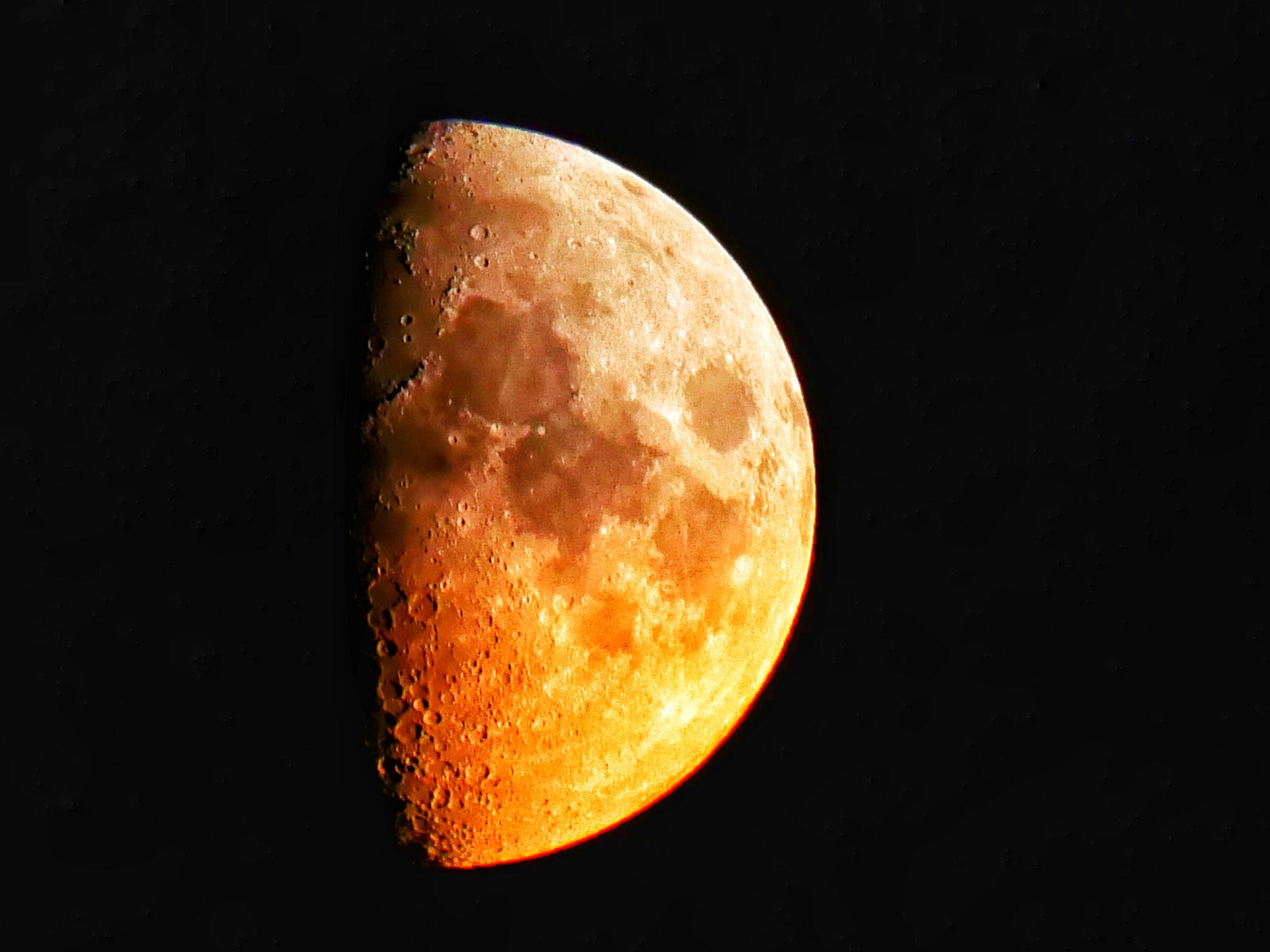 Luna 24/10/2020...
