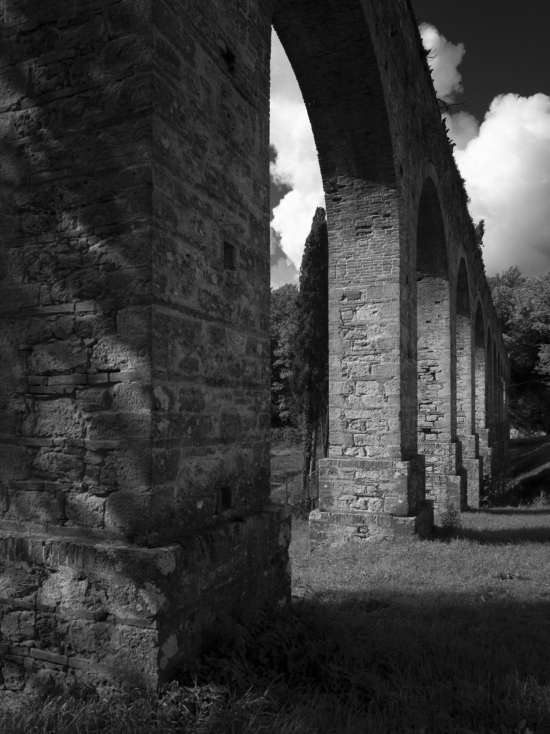 Leopoldino Aqueduct...