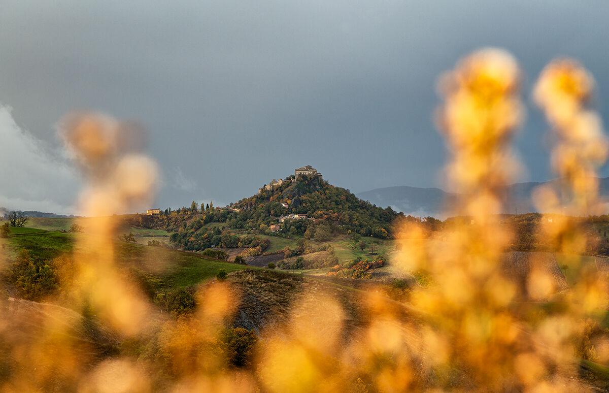 Castle of Rossena (RE)...