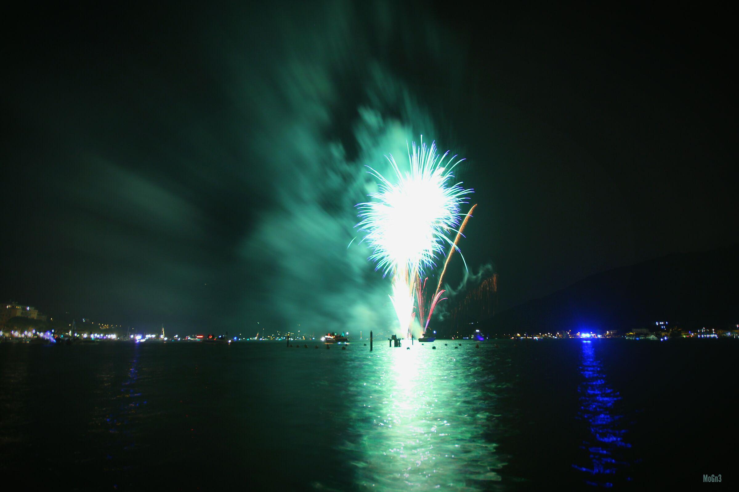 Fuochi d'artificio sarnico...