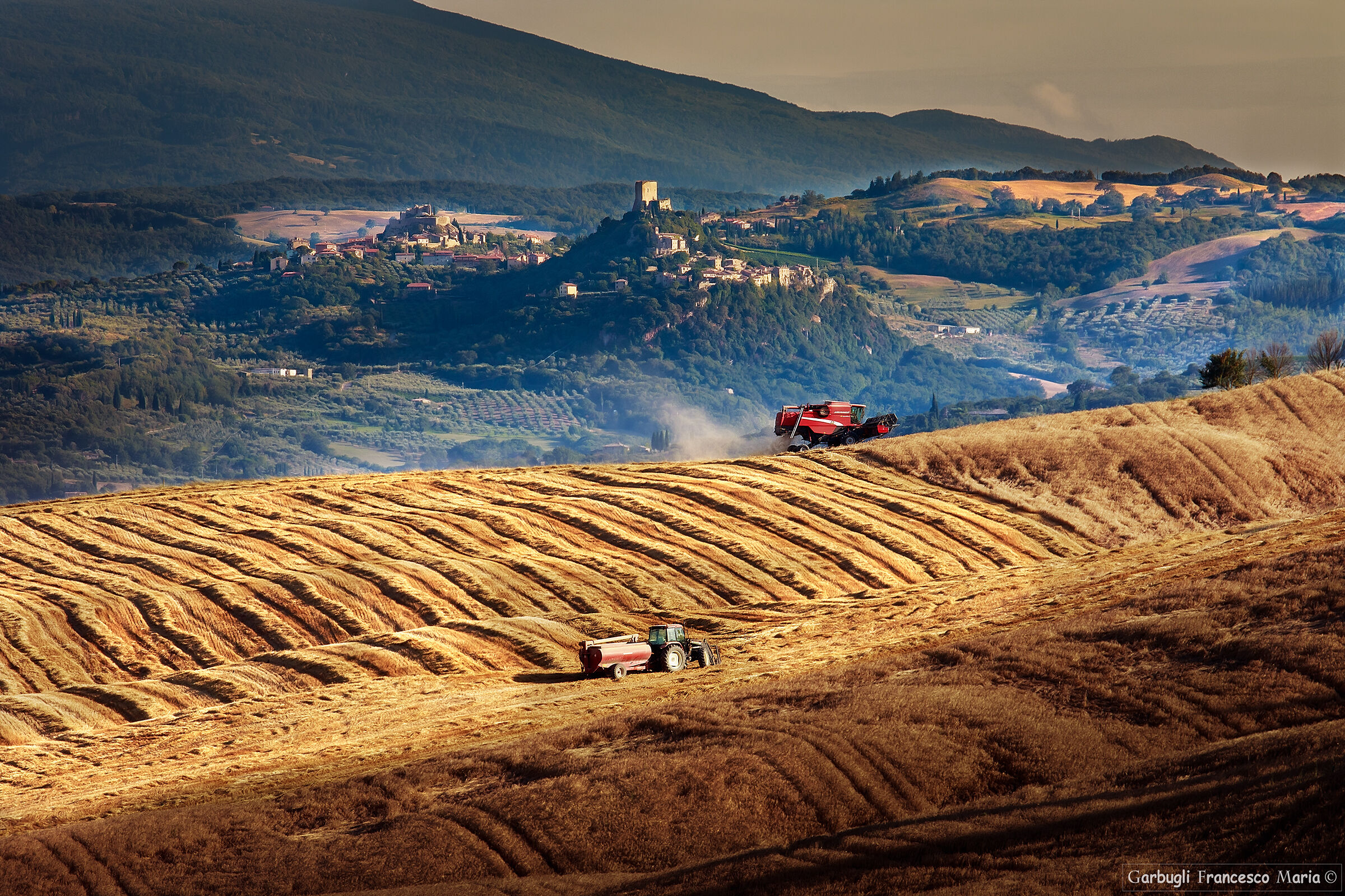 Val d'orcia....... Designed by man...
