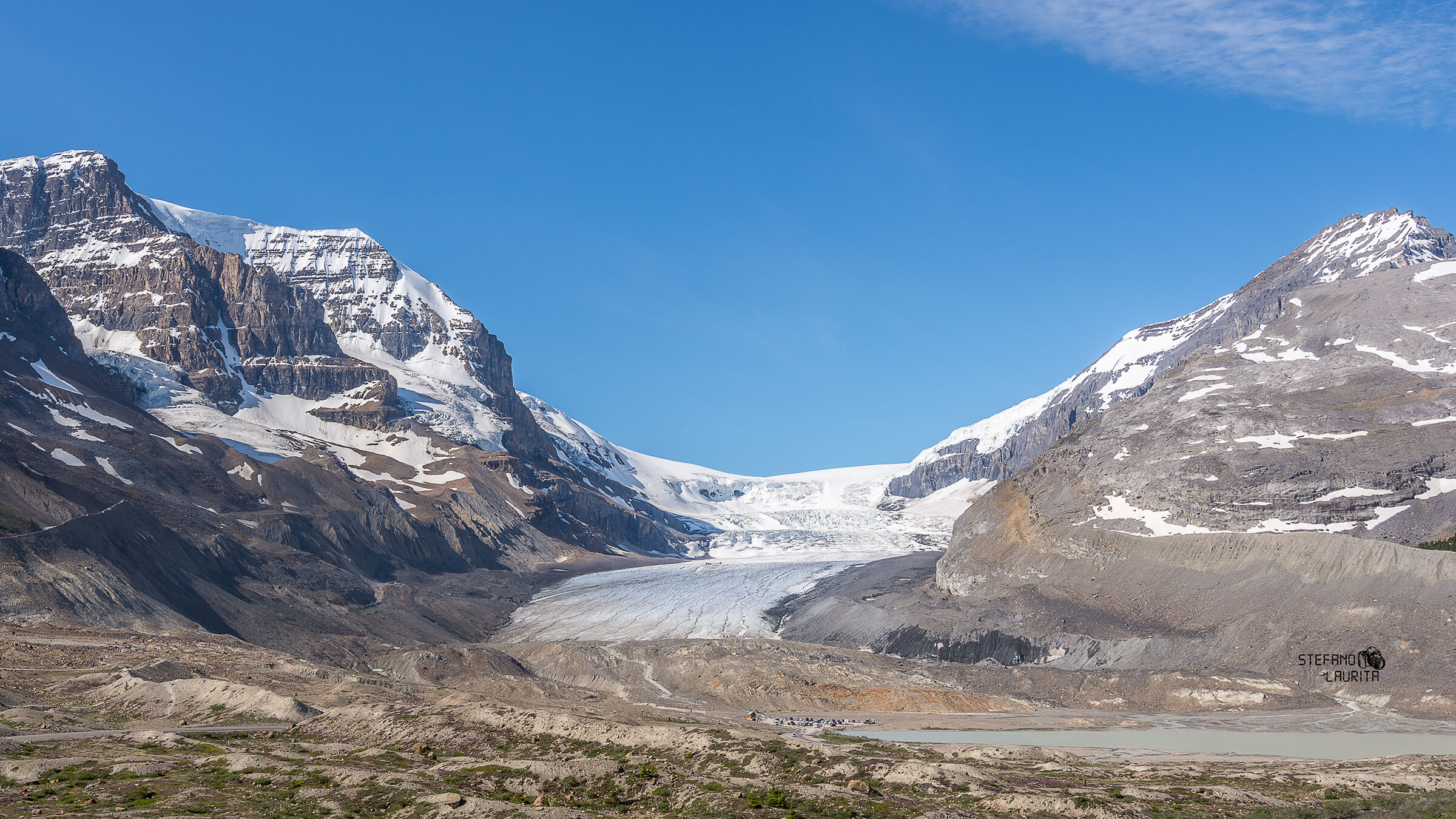 The majesty of Athabasca Glacier...