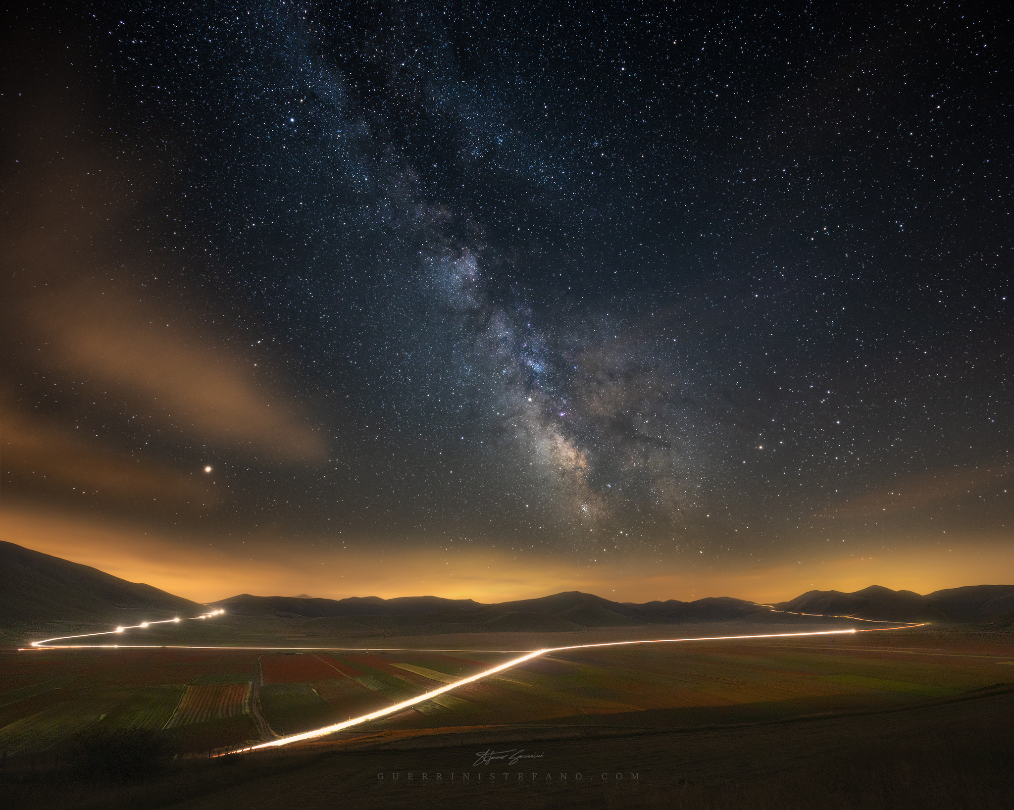 Milky Way over the flowed fields of Castelluccio...